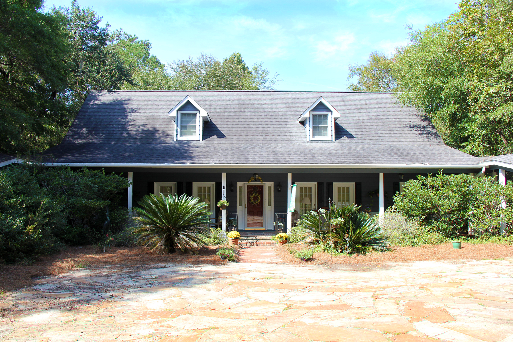 Single Family Home for Sale at 4996 Maybank Hwy Wadmalaw Island, South Carolina, 29487 United States