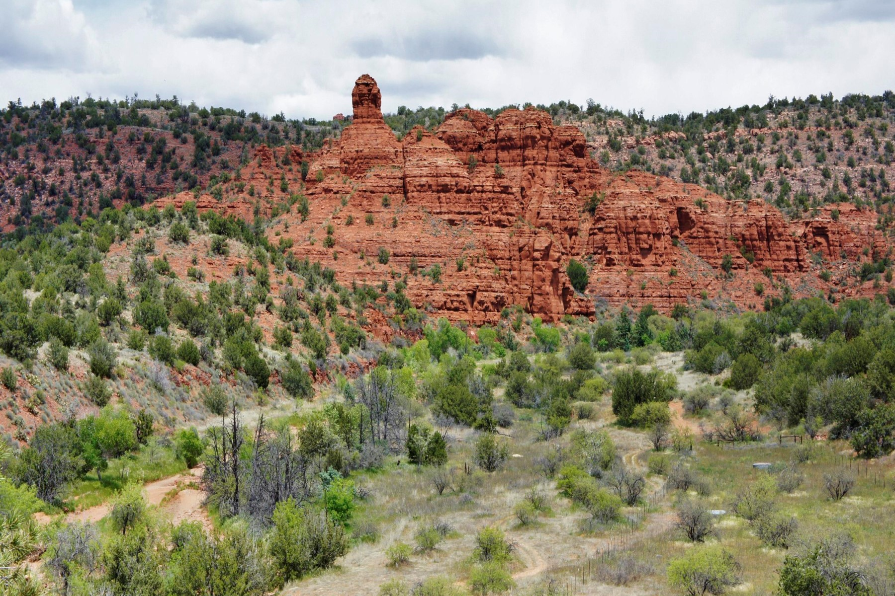 Land for Sale at The multi-layered vistas from this picturesque home site span a secluded canyon. 520 Red Moon Drive Sedona, Arizona, 86336 United States