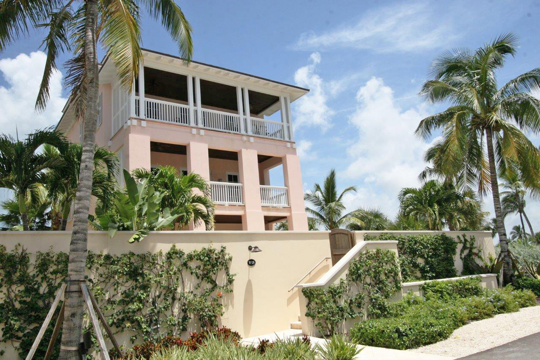 Additional photo for property listing at Albany Villa W-18 Albany, South Ocean, New Providence/Nassau Bahamas