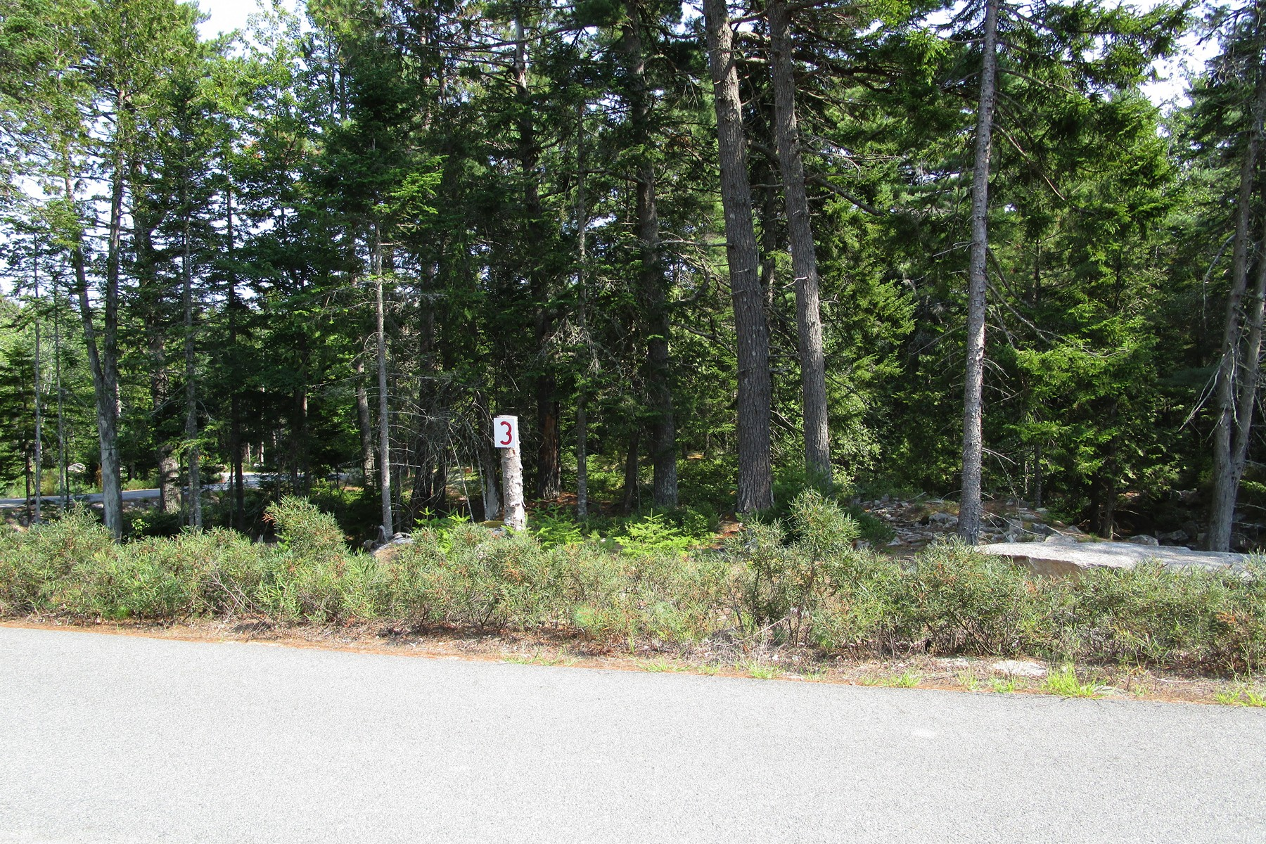 Terreno por un Venta en Echo Woods Road Lot 3 Lot 3 Echo Woods Road Mount Desert, Maine, 04660 Estados Unidos