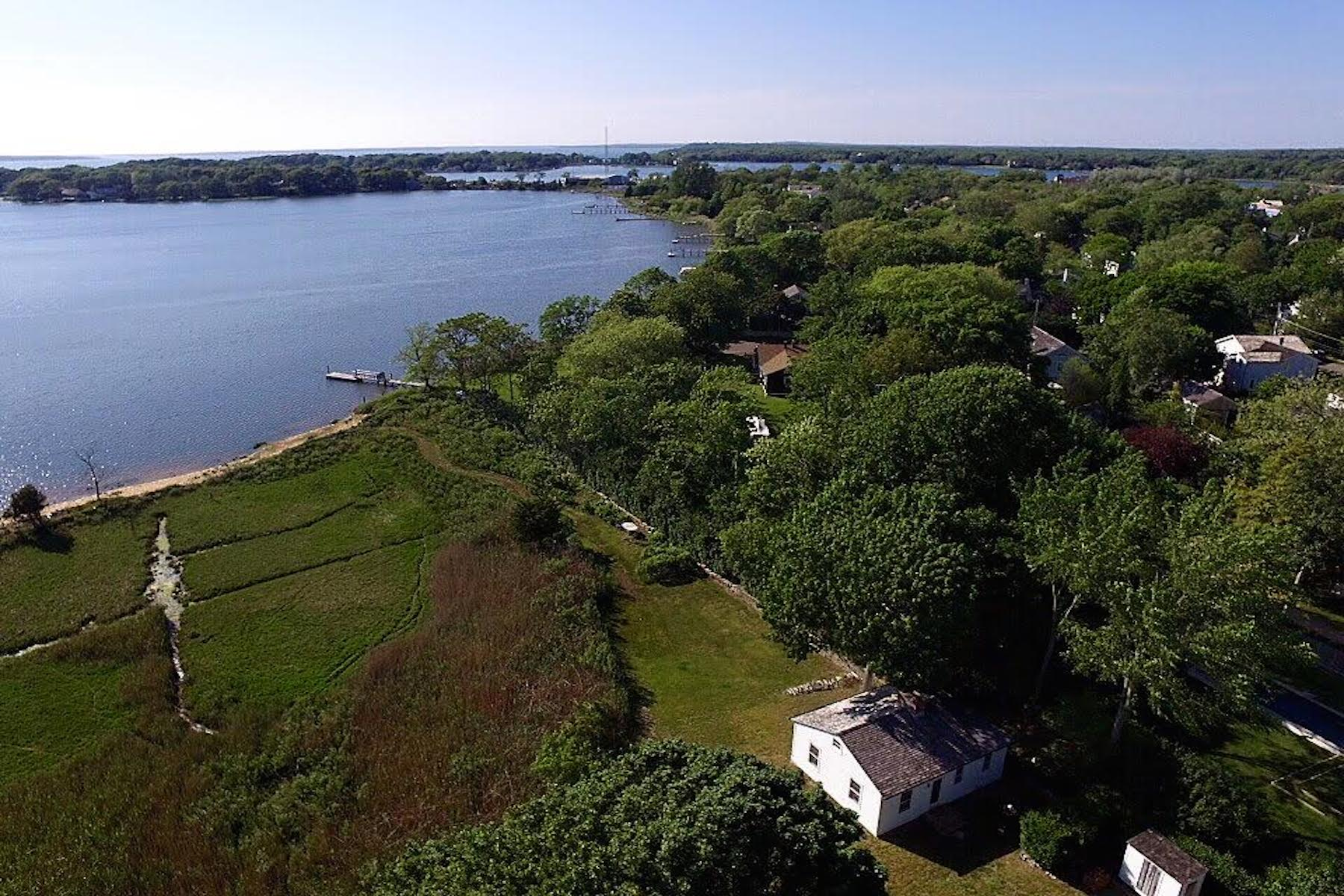 Additional photo for property listing at Spectacular Sag Harbor Home 314 Main Street Sag Harbor, New York 11963 United States