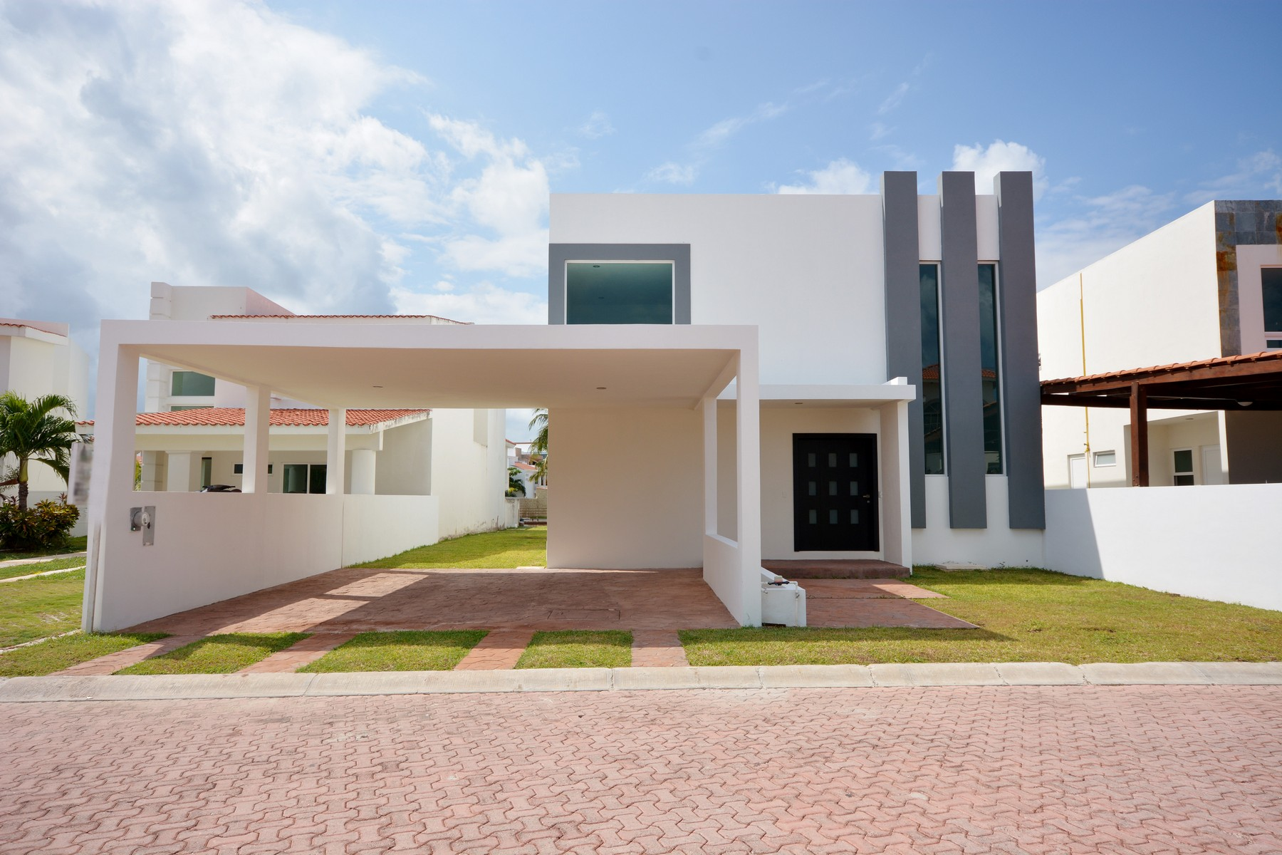 Single Family Home for Sale at CASA CONTEMPO Cancun, Mexico