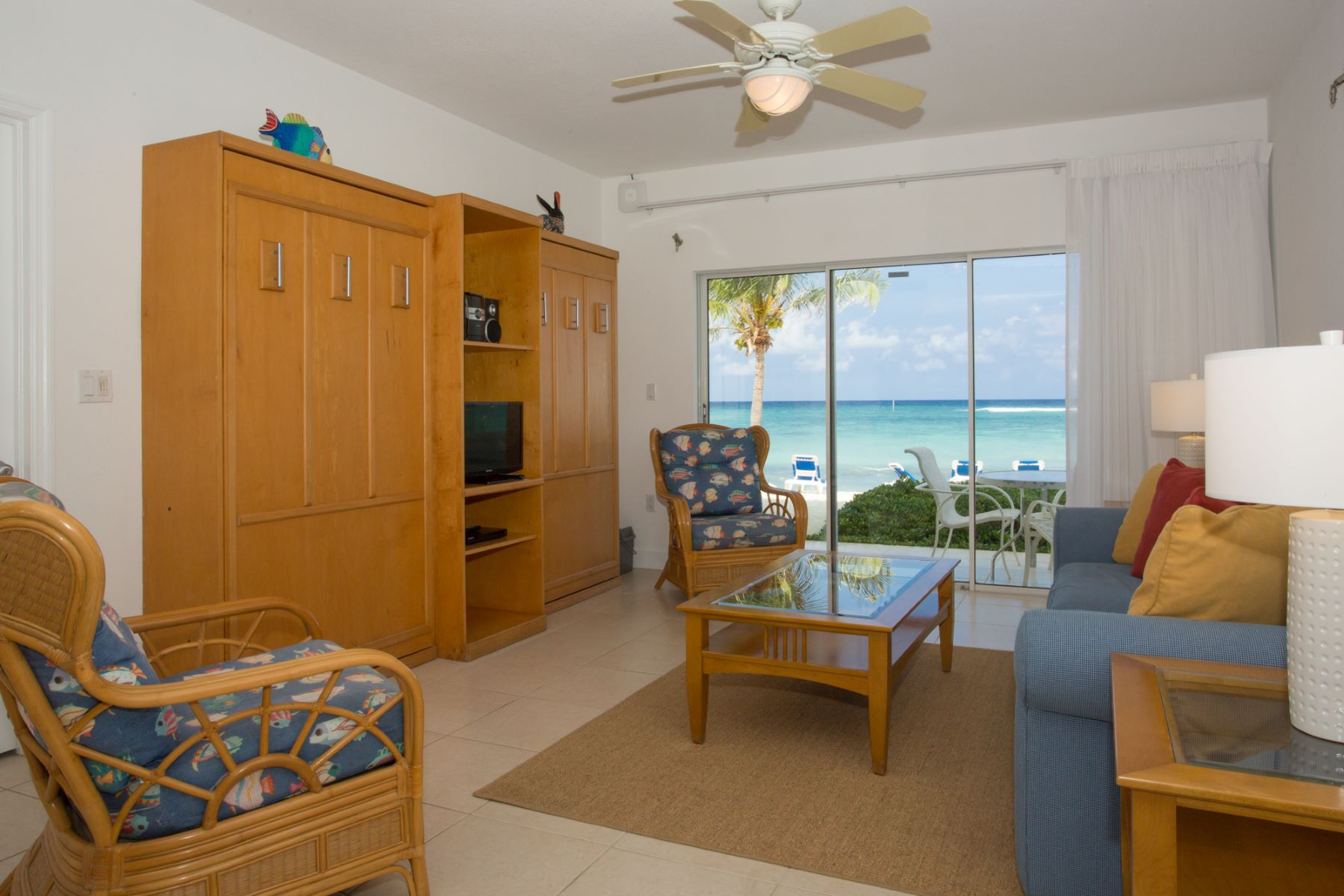 Additional photo for property listing at Castaways Cove #113 Castaways Cove Queens Hwy 东区, 大开曼岛 KY1 开曼群岛