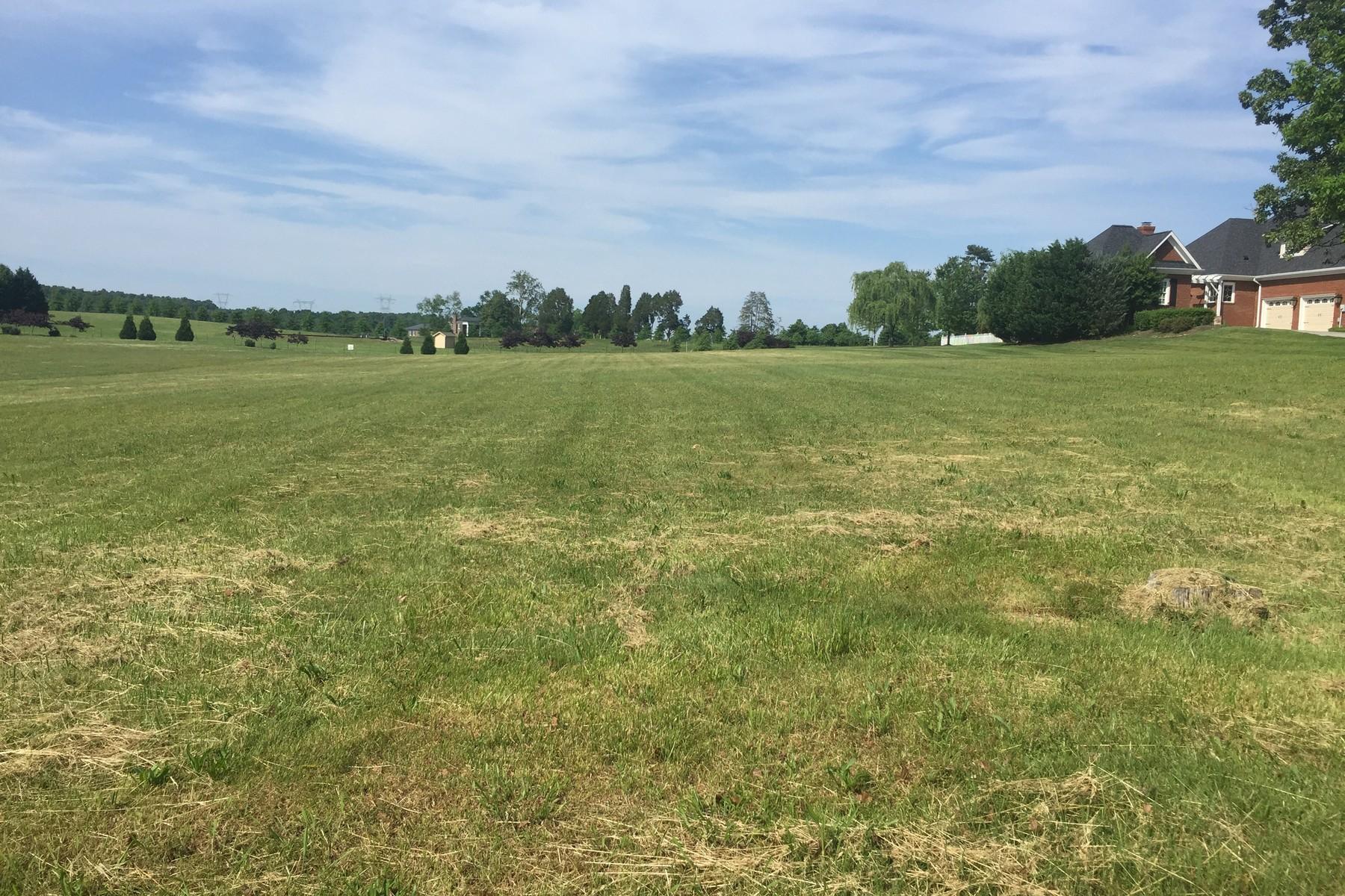 Terrain pour l Vente à Premium Lakefront Community Land 3618 Calumet Drive Louisville, Tennessee, 37777 États-Unis