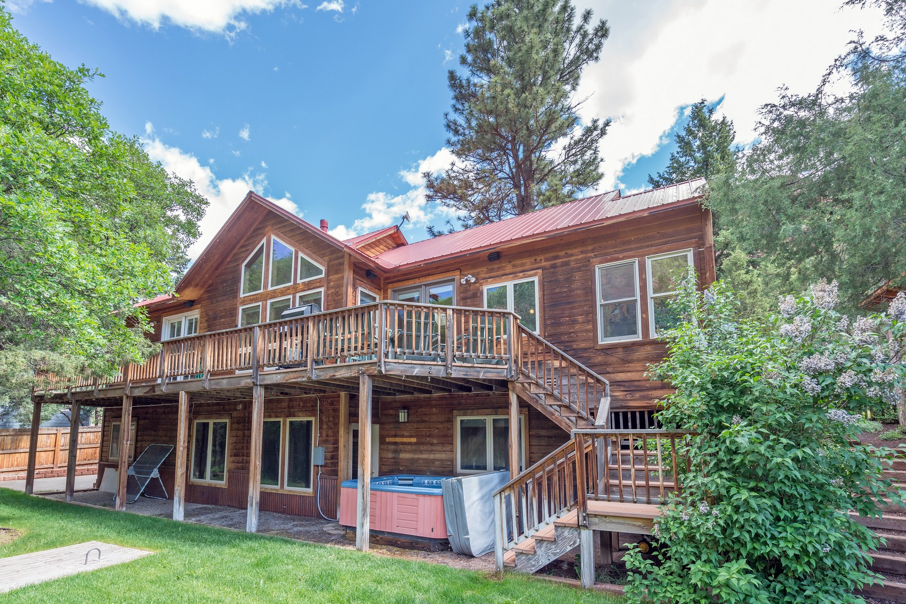Casa Unifamiliar por un Venta en 24 Red Cliff Road Placerville, Colorado, 81430 Estados Unidos