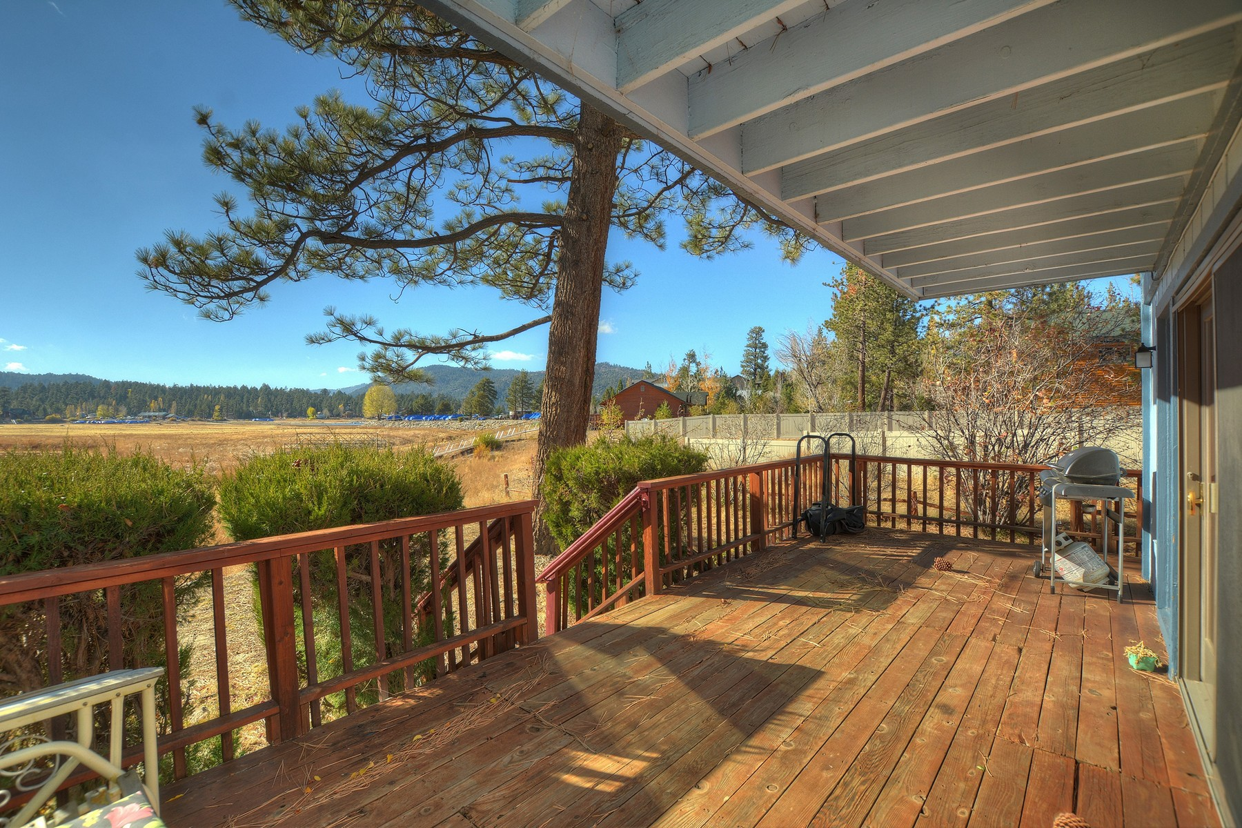 Single Family Home for Sale at 476 Tavern, Big Bear Lake Ca. 92315 Big Bear Lake, California 92315 United States