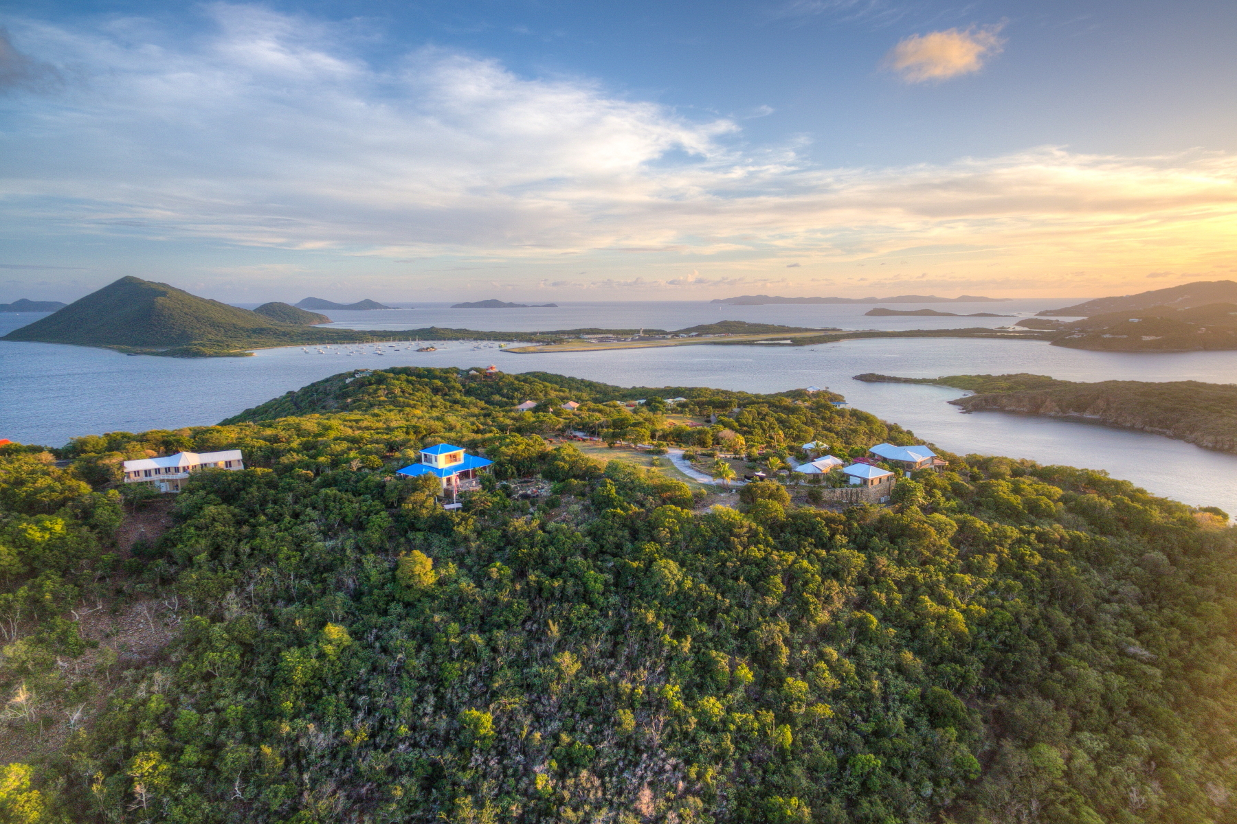Additional photo for property listing at Kokomo Indigo Plantation, Gran Camanoe Islas Vírgenes Británicas