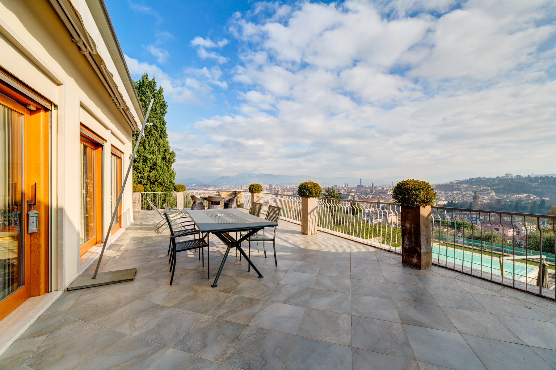 Additional photo for property listing at A truly unique villa with views over Florence Bellosguardo Firenze, Florence 50122 Italy