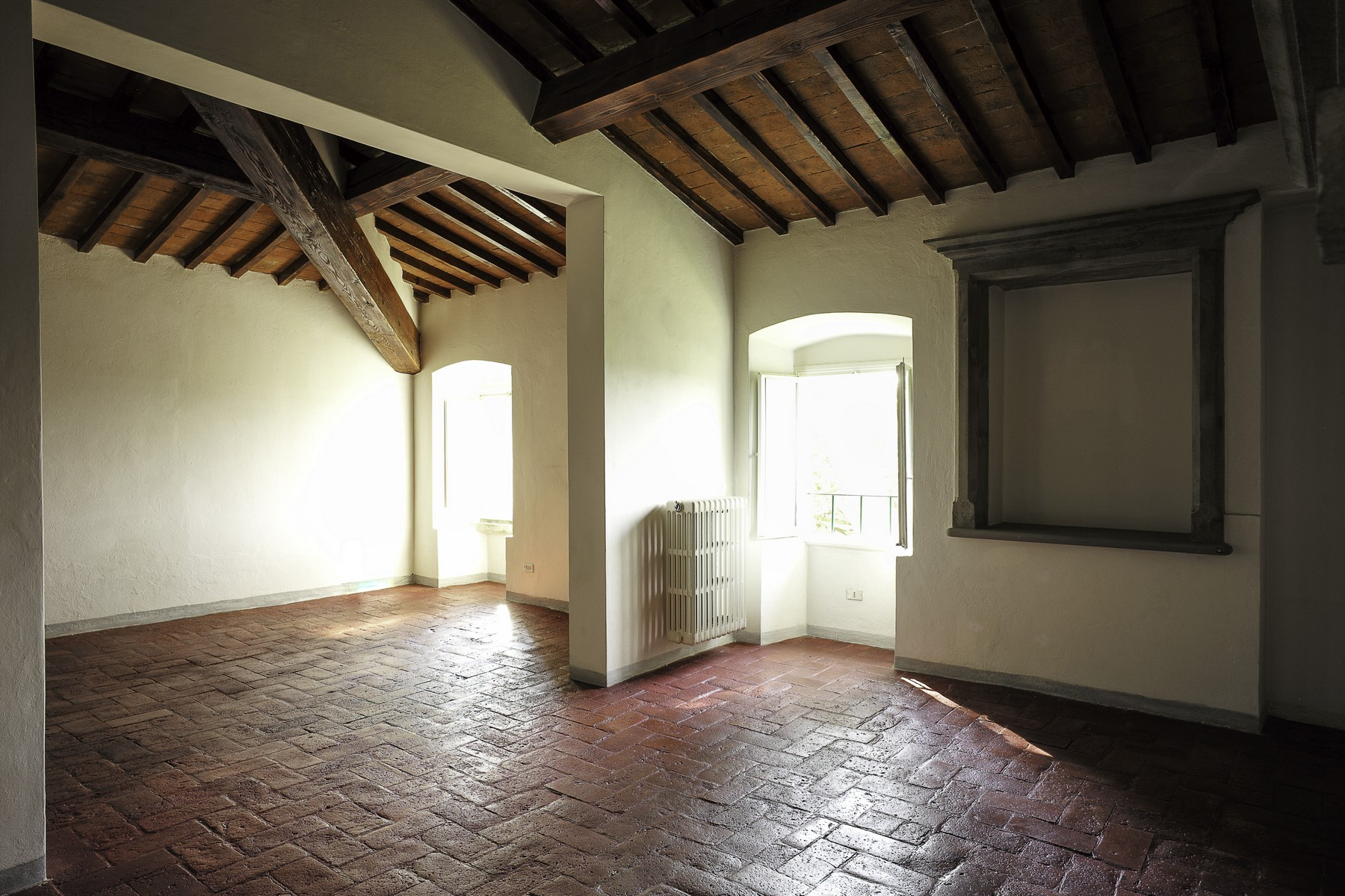 Additional photo for property listing at Marvelous renaissance villa on the Florentine's hills Via Sant'Andrea a Sveglia Fiesole, Florence 50014 Italien