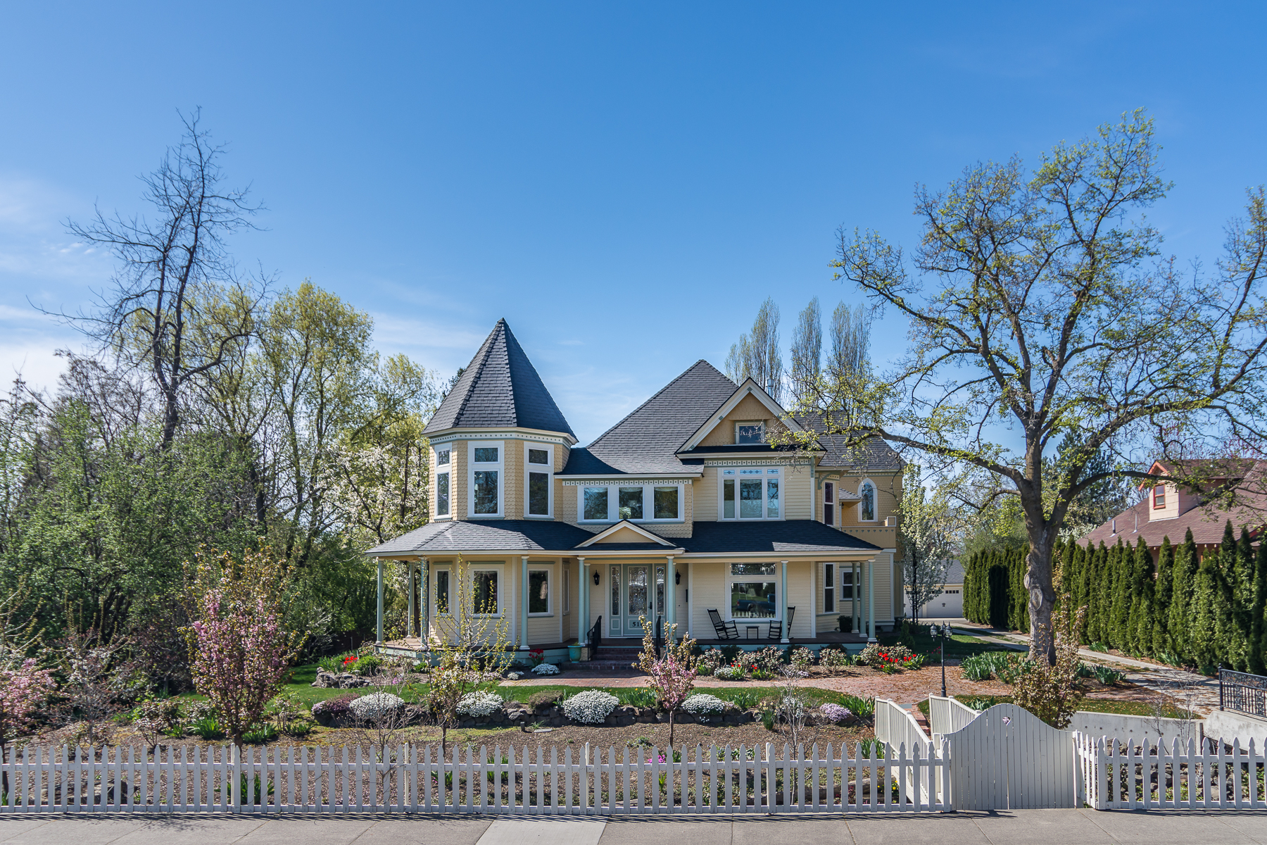 Single Family Homes for Sale at Custom Grand Victorian Mansion 516 S Division Street Walla Walla, Washington 99362 United States