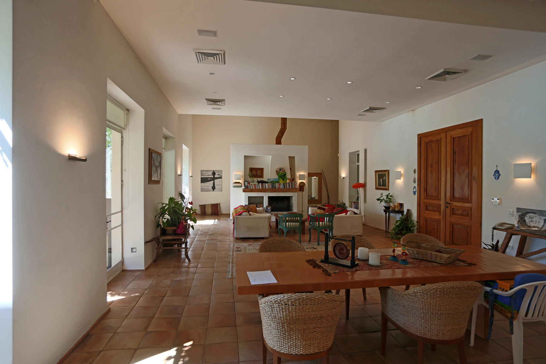 Additional photo for property listing at Enormously Large Exquisite Estate Near Tel Aviv    4691500 Israël