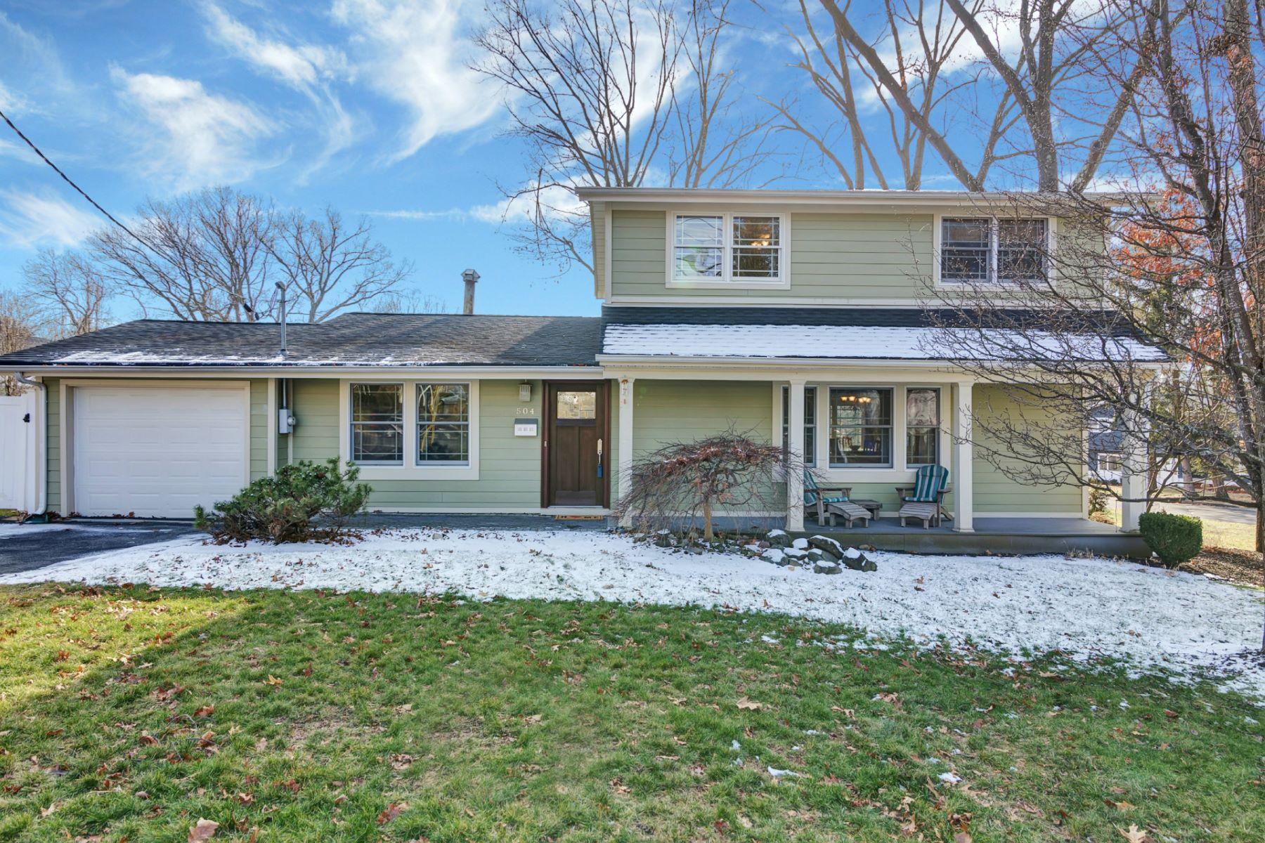 Maison unifamiliale pour l Vente à Move In Ready 504 Clinton Ave Northvale, New Jersey 07647 États-Unis
