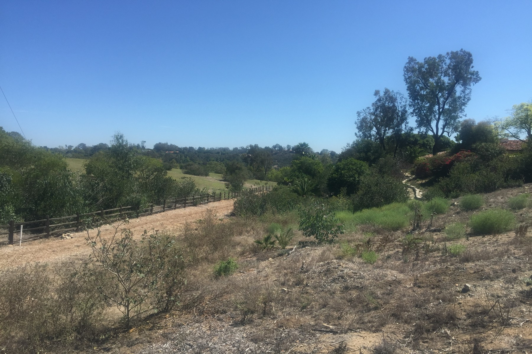 Additional photo for property listing at Via De Fortuna 9  Rancho Santa Fe, California 92067 United States