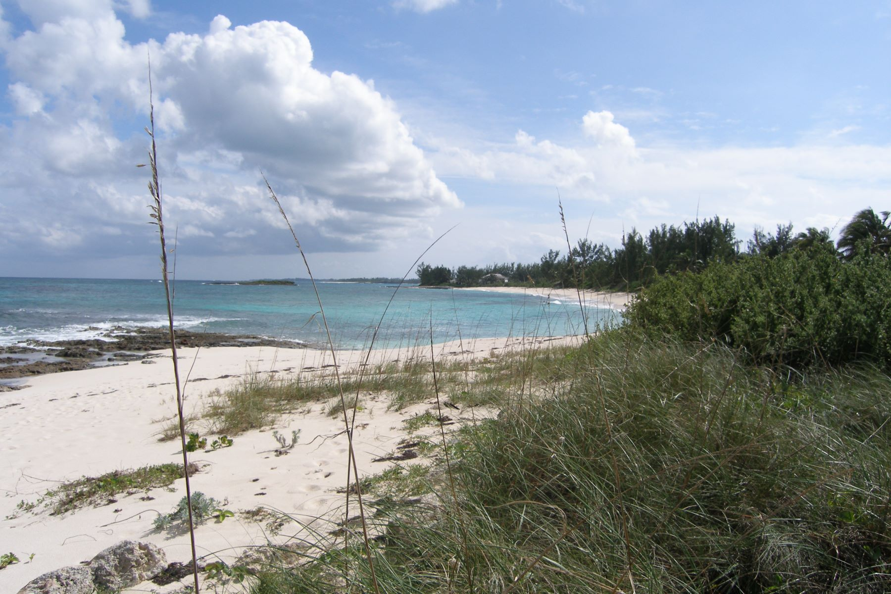 Additional photo for property listing at Bank's Road Beachfront Acreage Governors Harbour, Eleuthera Bahamas