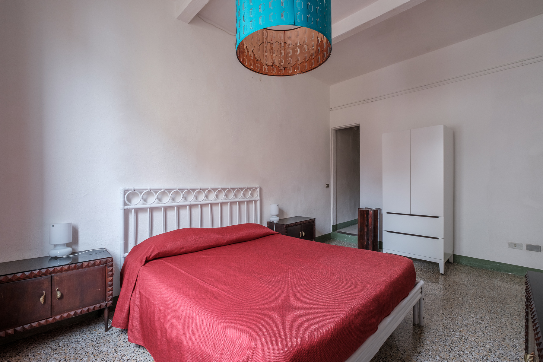Additional photo for property listing at Characteristic Apartment in Florence city center Via San Zanobi Firenze, Florence 50100 Italien
