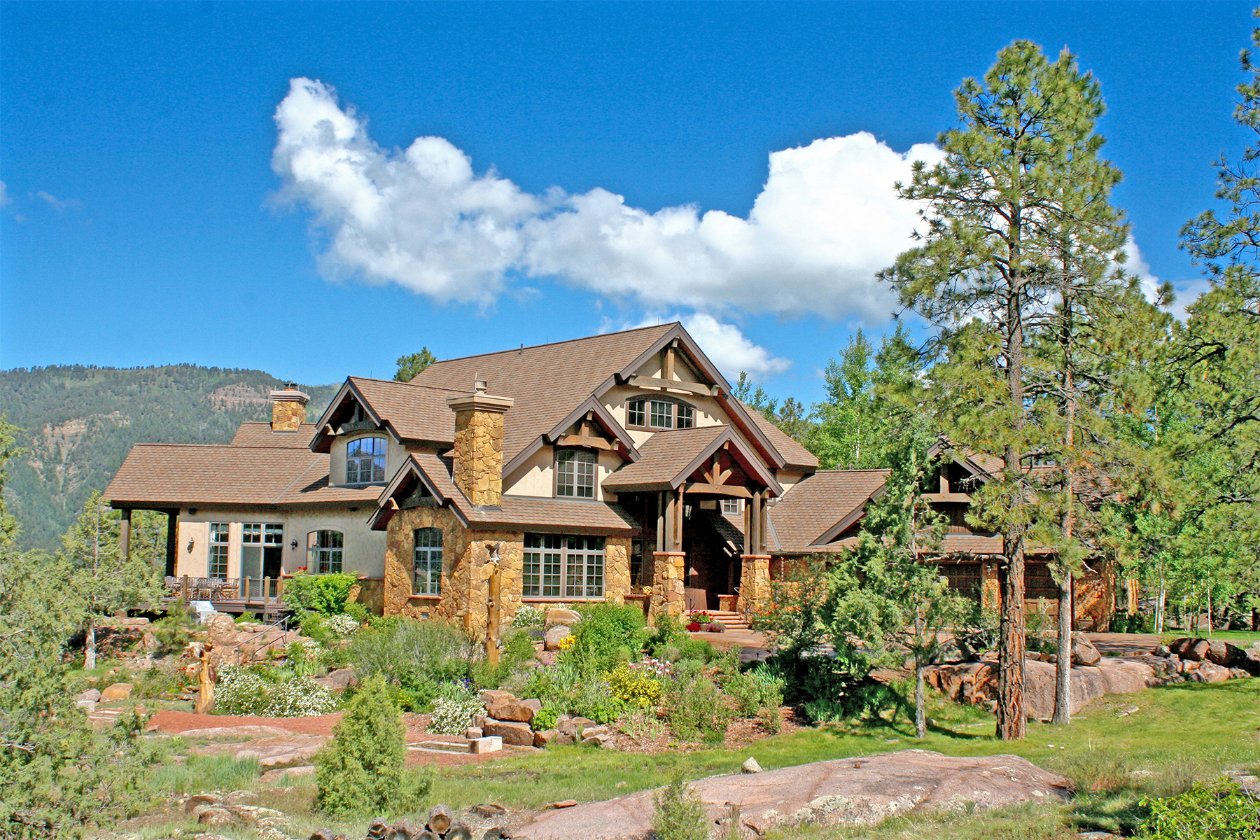 Casa Unifamiliar por un Venta en Granite Fall Lodge 1501 Celadon Drive East Durango, Colorado 81301 Estados Unidos