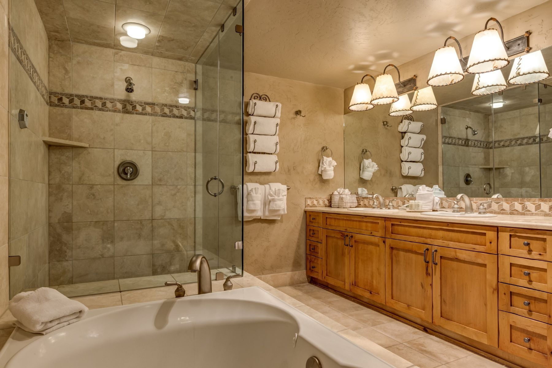 Additional photo for property listing at Steamboat Grand Resort 2300 Mt. Werner Cir 706 QI Steamboat Springs, Colorado 80487 United States