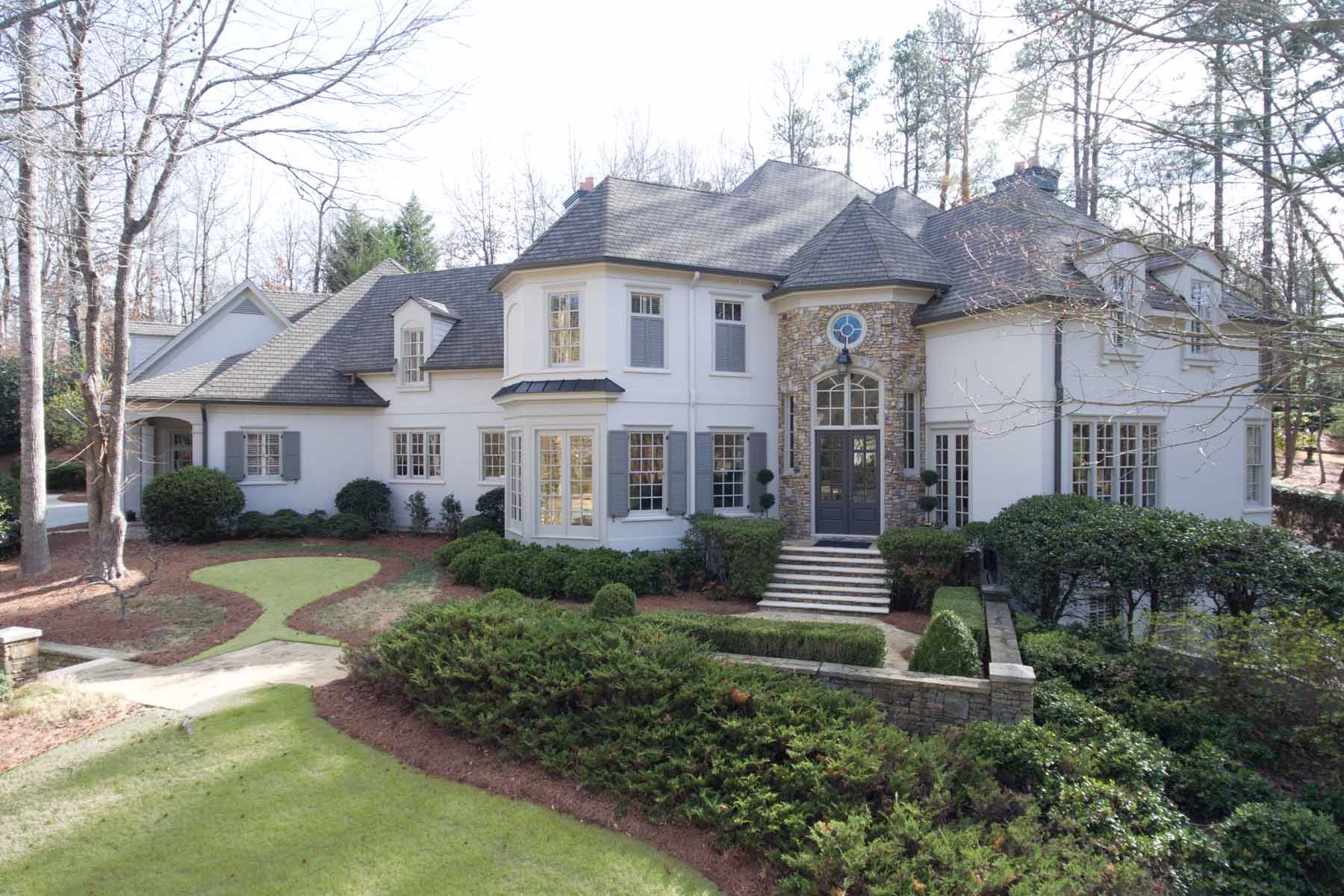 一戸建て のために 売買 アット Beautifully Renovated Country Club Of The South Decorator Home 405 Covington Cove Alpharetta, ジョージア, 30022 アメリカ合衆国