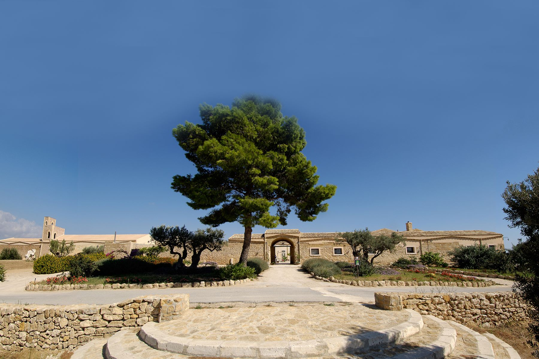 Vineyard for Sale at Magnificent Sicilian wine estate Contrada San Vincenzo Menfi, Agrigento, 92013 Italy