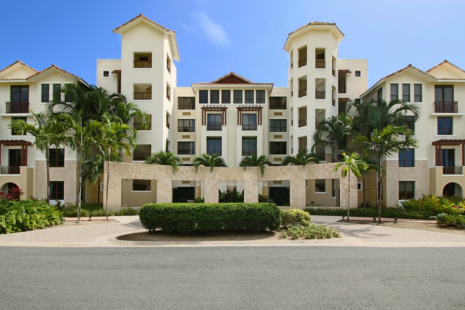 Additional photo for property listing at Residence 144 at 238 Candelero Drive 238 Candelero Drive, Apt 144 Solarea Beach Resort and Yacht Club Palmas Del Mar, Puerto Rico 00791 Porto Rico