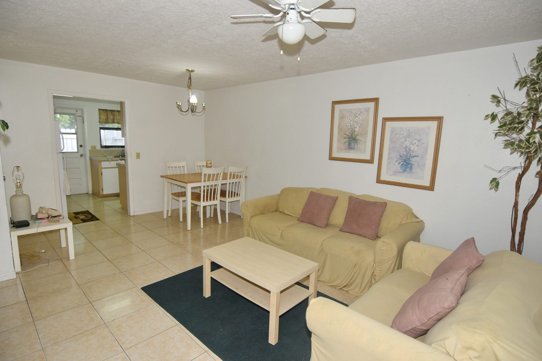 Additional photo for property listing at Pyfrom Duplex Little Orchard, Marsh Harbour, Abaco Bahamas