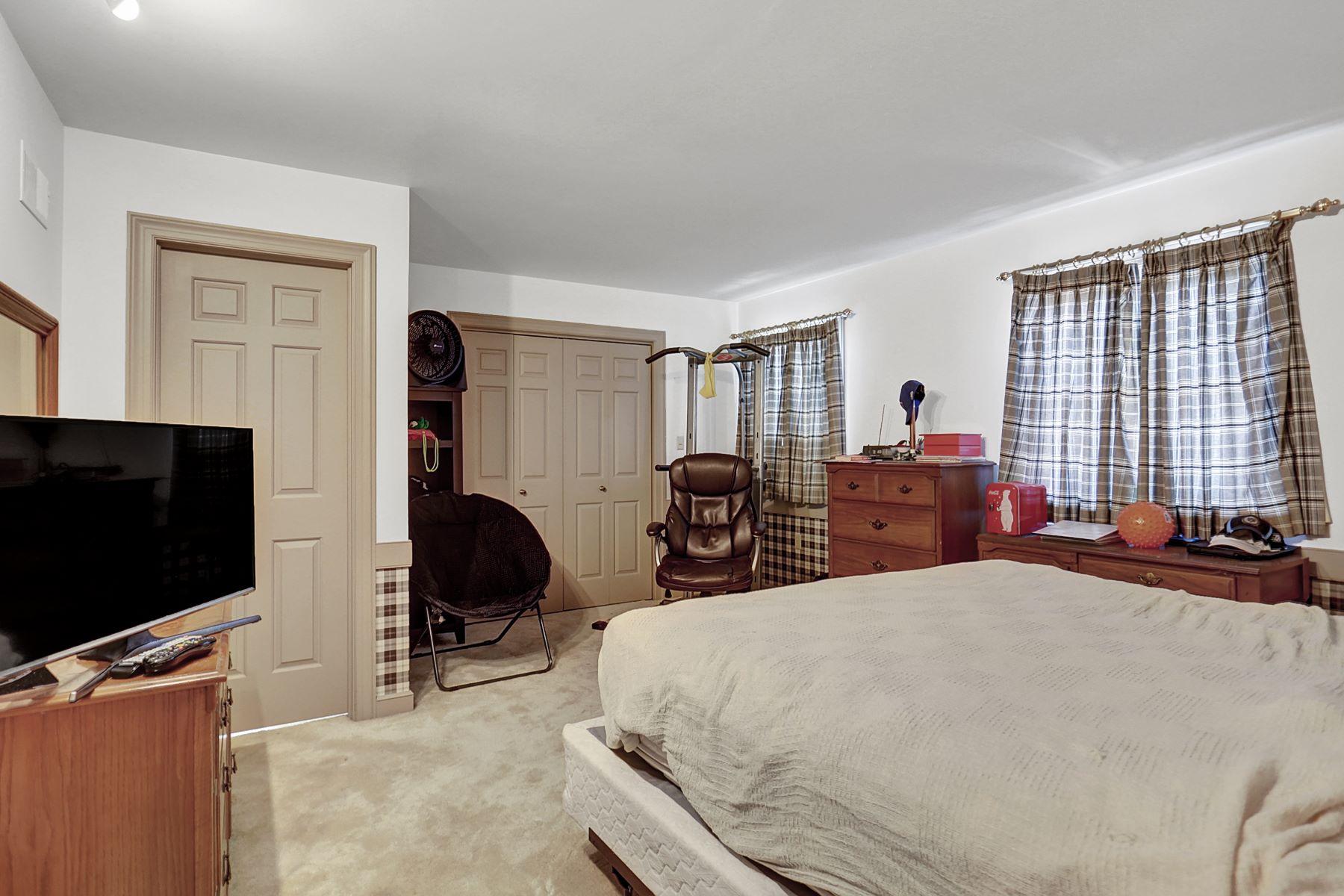 Additional photo for property listing at 714 Buckwood Lane  Lititz, Pennsylvania 17543 United States
