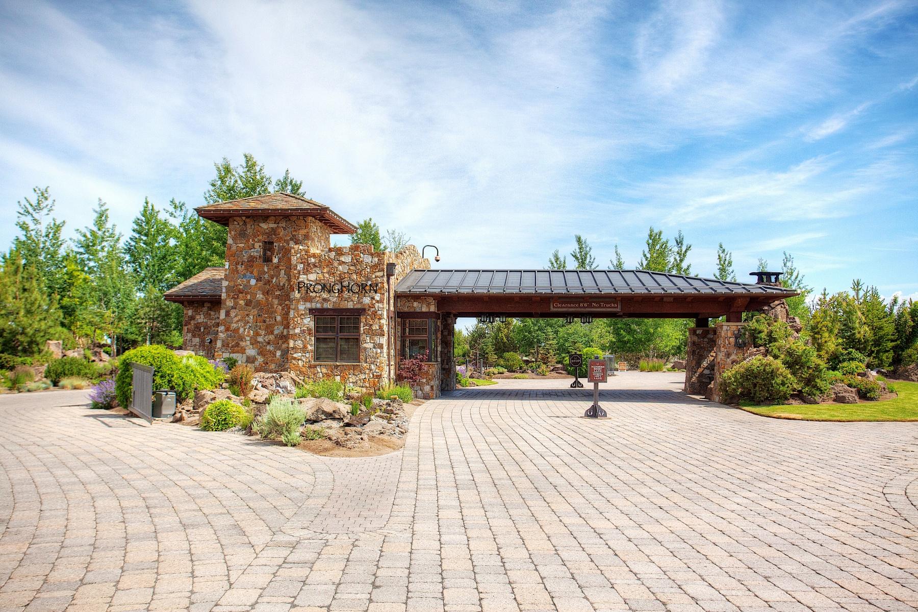Земля для того Продажа на Pronghorn Resort 23030 Brushline Ct Lot 125 Bend, Орегон, 97701 Соединенные Штаты