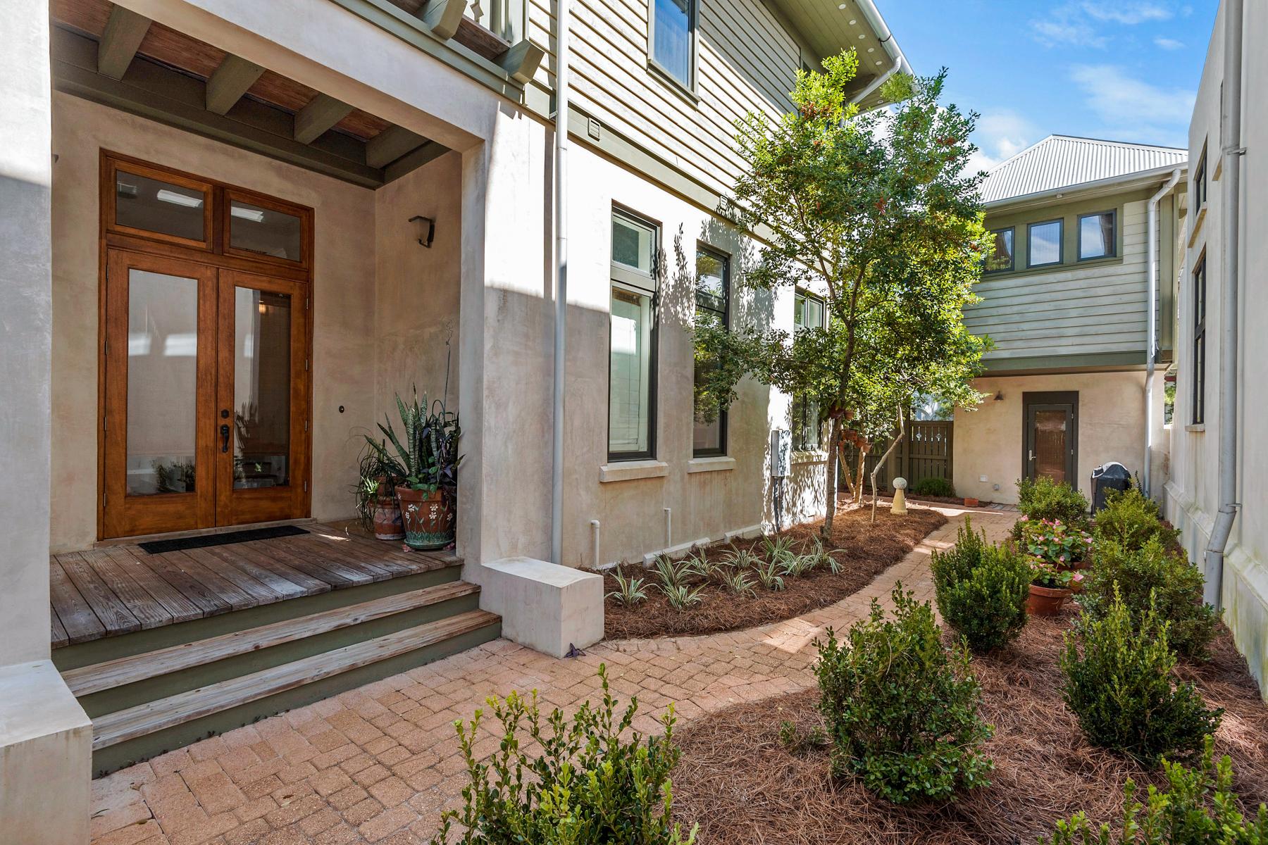 Einfamilienhaus für Verkauf beim LIVE THAT FLORIDA LIFESTYLE IN SOUGHT AFTER ROSEMARY BEACH 143 W Water Street Rosemary Beach, Rosemary Beach, Florida, 32461 Vereinigte Staaten