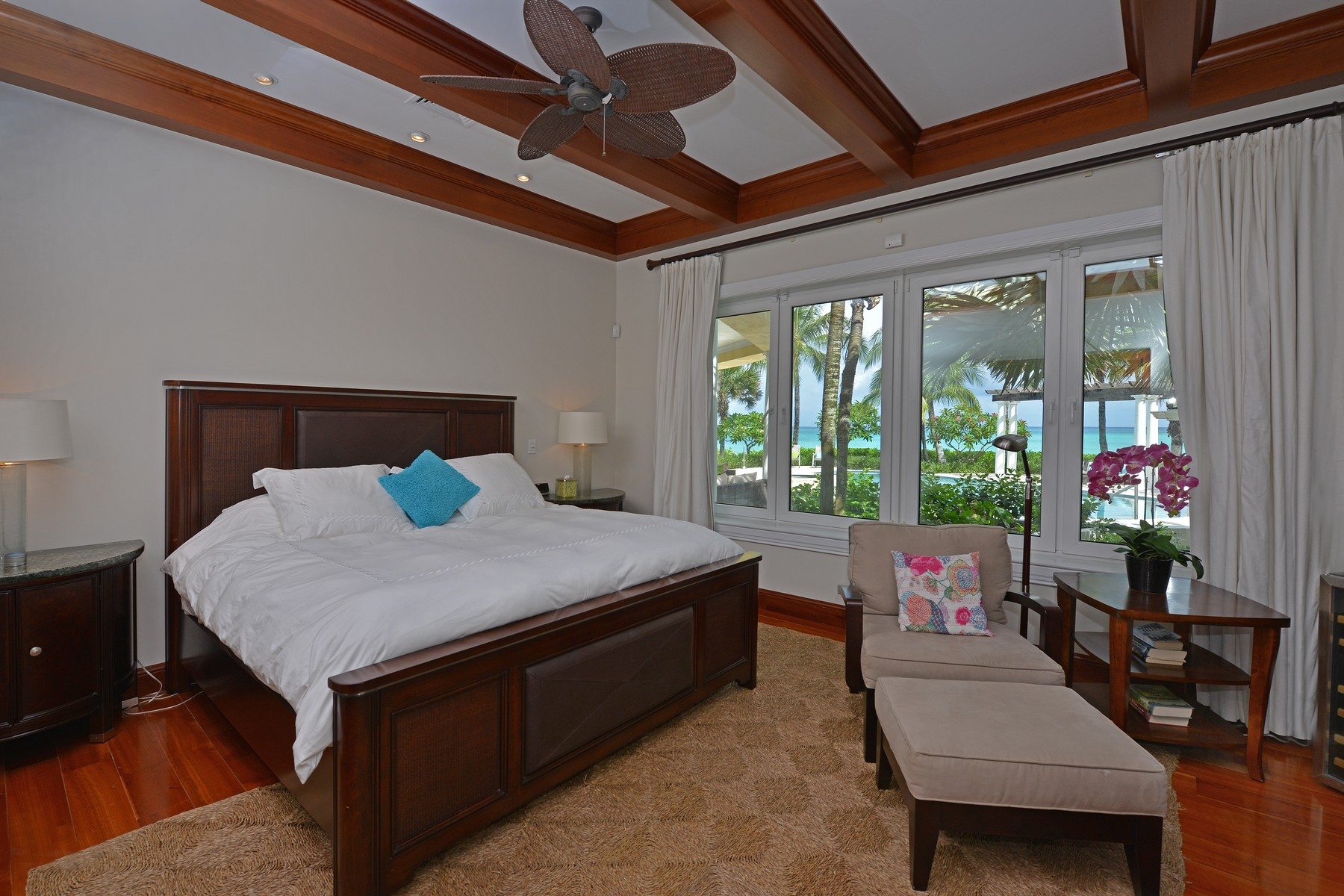 Additional photo for property listing at Old Fort Bay House on Ocean Drive Old Fort Bay, New Providence/Nassau Bahamas