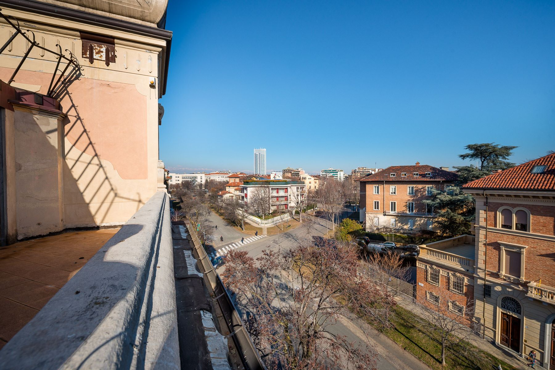 Additional photo for property listing at Prestigious apartment in the heart of Turin Corso Trento Torino, Turin 10128 Italy
