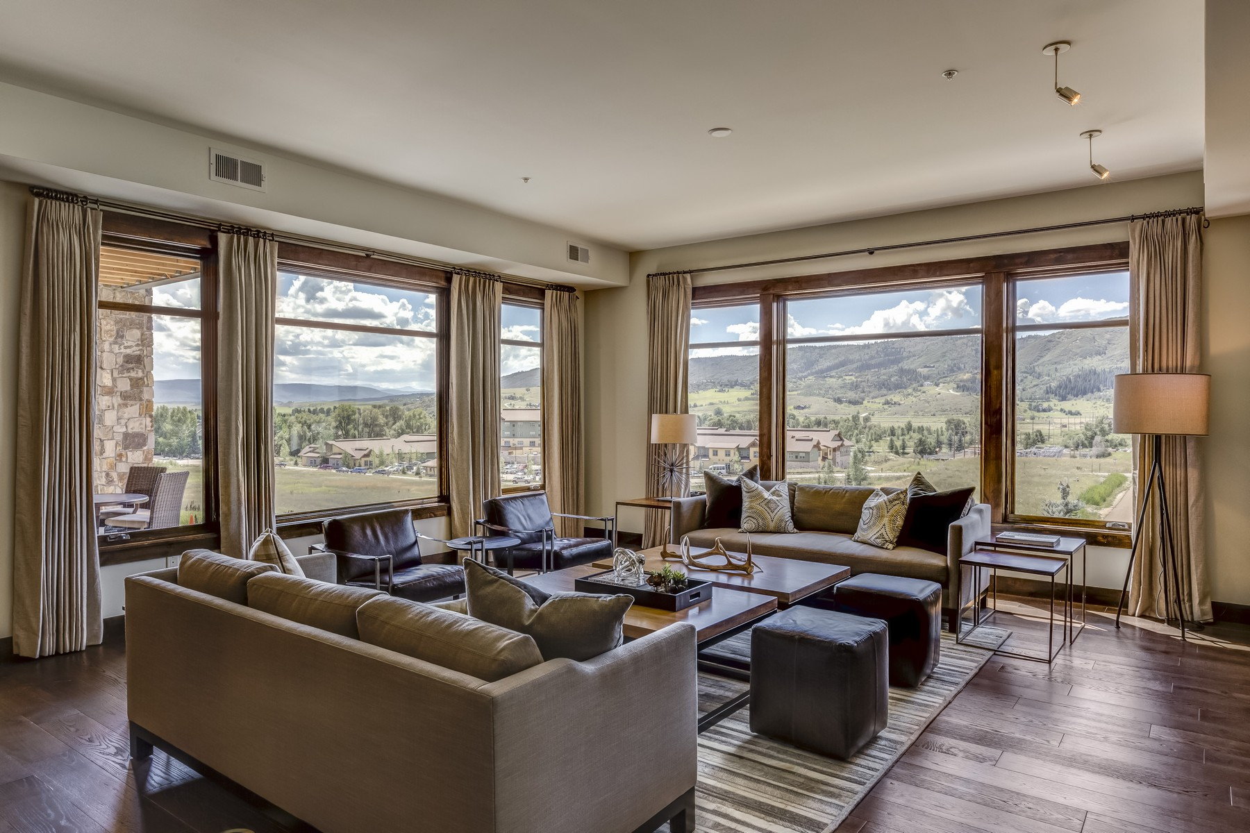 Condominium for Sale at Chadwick Flats 1275 Eagle Glen Dr. Unit 200 Steamboat Springs, Colorado 80487 United States