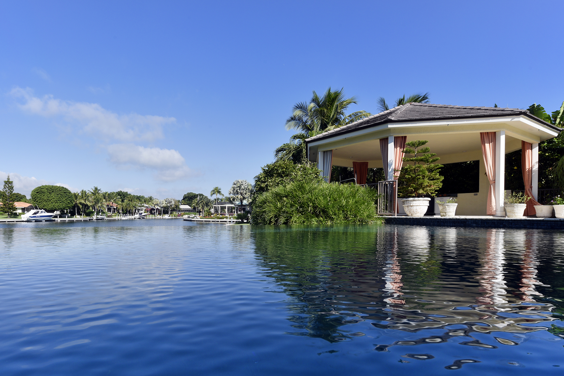 Single Family Home for Sale at Expansive Waterfront Home at Ocean Reef 25 Bay Ridge Road, Ocean Reef Community, Key Largo, Florida, 33037 United States