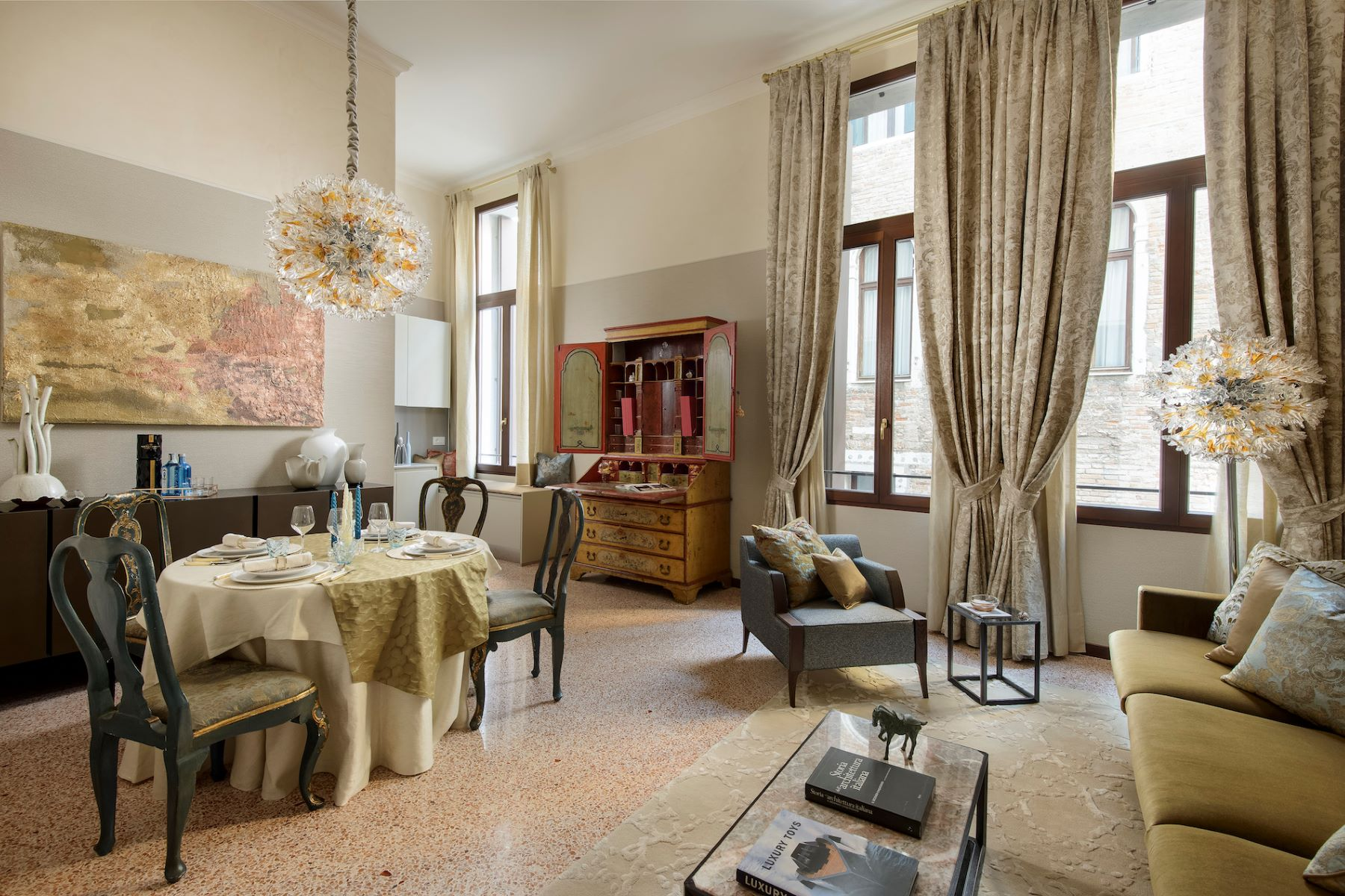 Single Family Home for Sale at Vignole apartment at Palazzo Moro Venice Venice, Venice, Venice, 30124 Italy