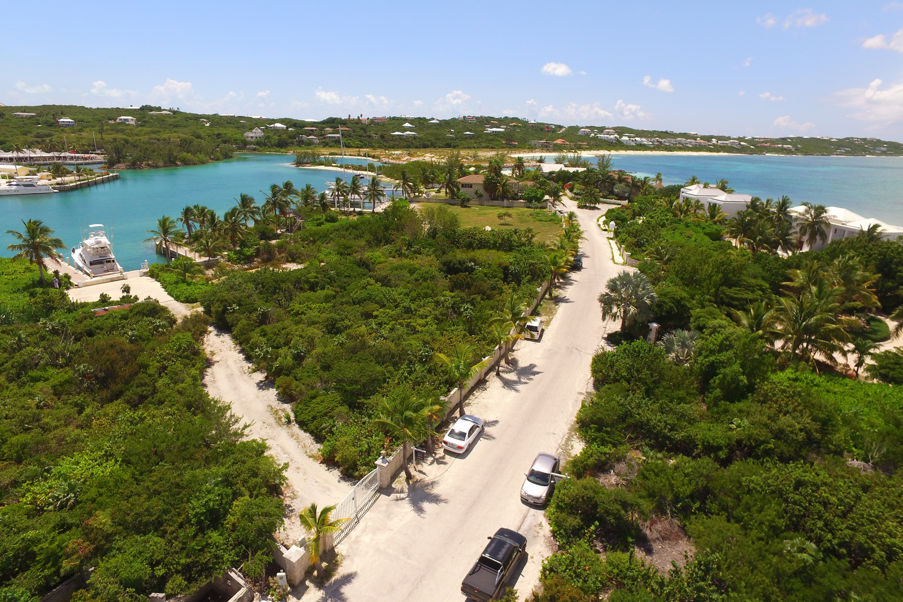 Additional photo for property listing at Turtle Cove Marina Waterfront  Turtle Cove, Провиденсьялес TCI Теркс И Кайкос