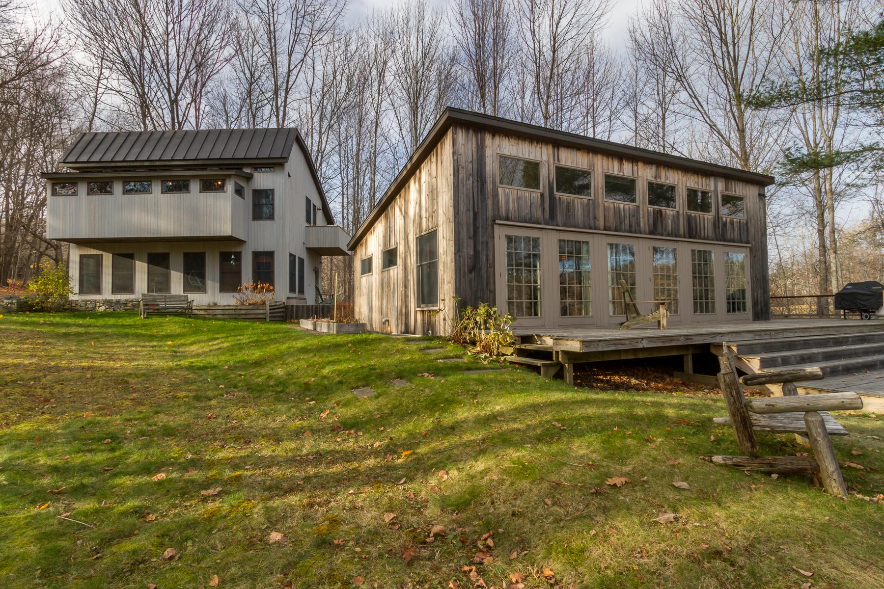独户住宅 为 销售 在 18 Simmons Road 罗克波特, 缅因州, 04856 美国