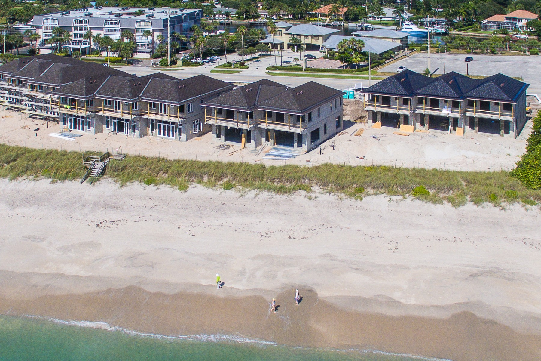 Single Family Home for Sale at Surf Club! TBC Luxurious End Unit 4798 Highway A1A Unit #1 Vero Beach, Florida 32963 United States
