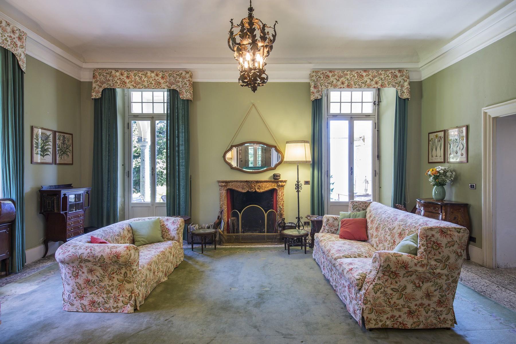 Additional photo for property listing at Wonderful villa with amazing lakeview Via Alfredo Wyatt Menaggio, Como 22017 Italy