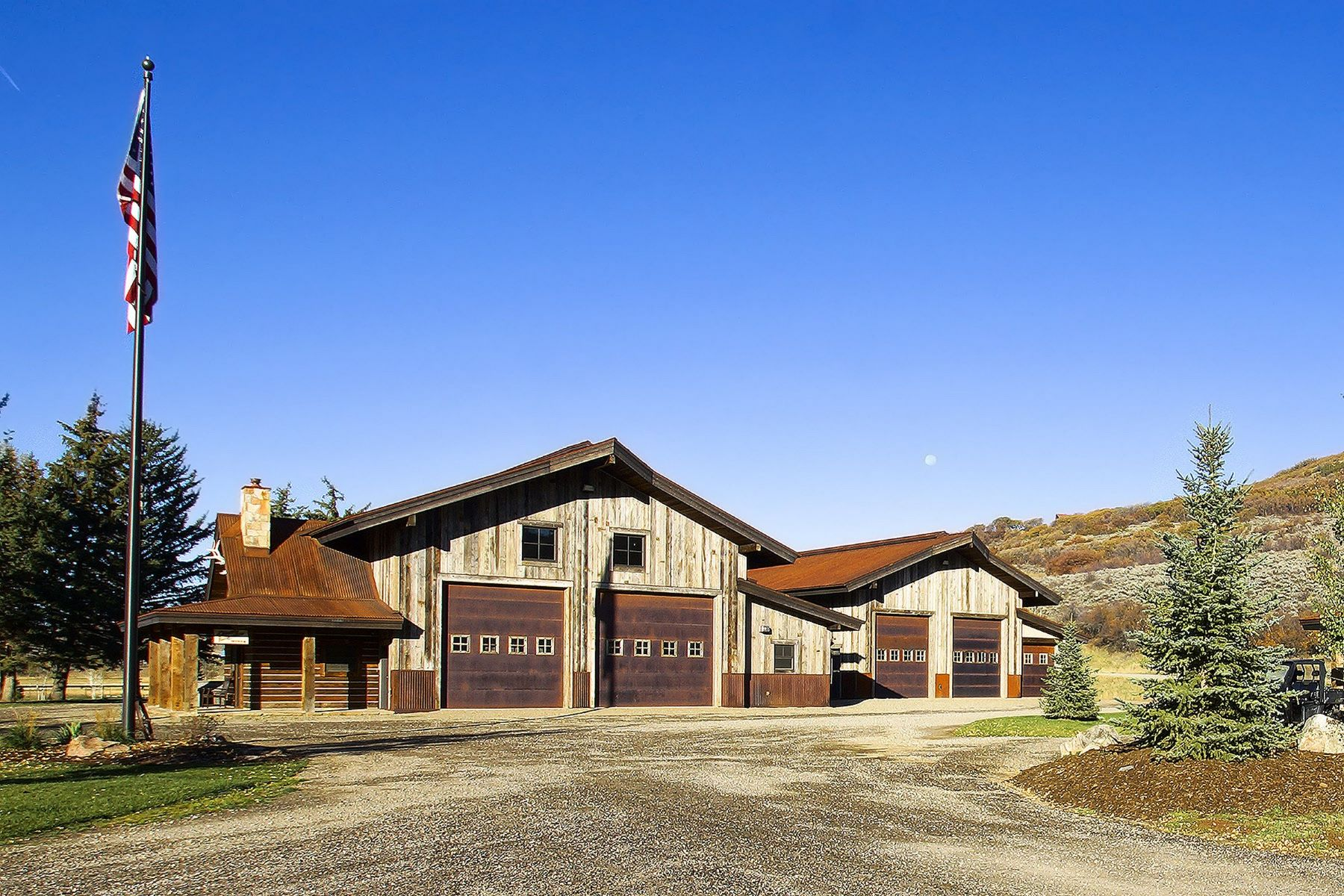 Additional photo for property listing at Steamboat River Ranch 44285 Routt County Road #129 Steamboat Springs, Colorado 80487 États-Unis