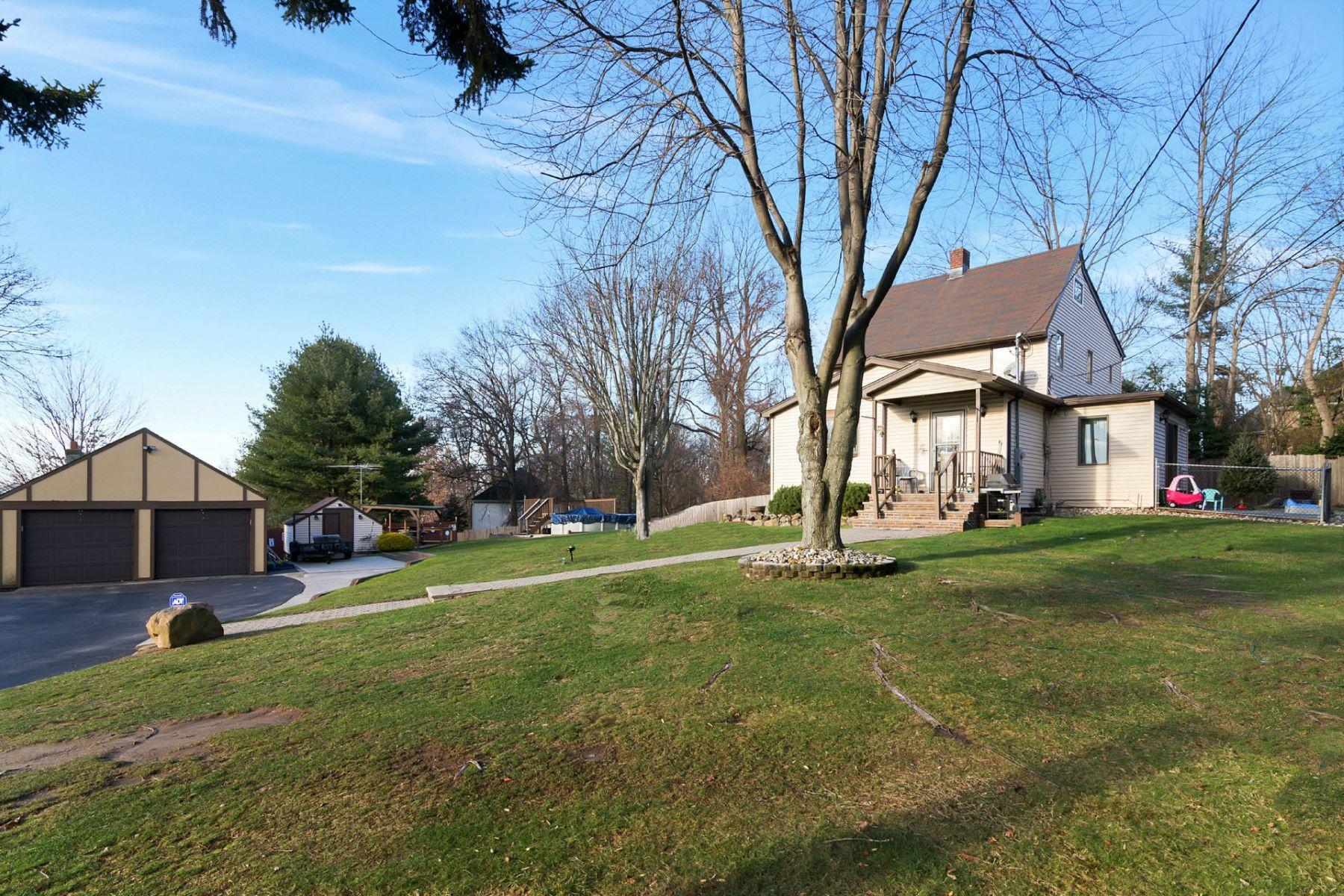 独户住宅 为 销售 在 East Hill Opportunity 376 Anderson Ave 克洛斯特, 新泽西州 07624 美国