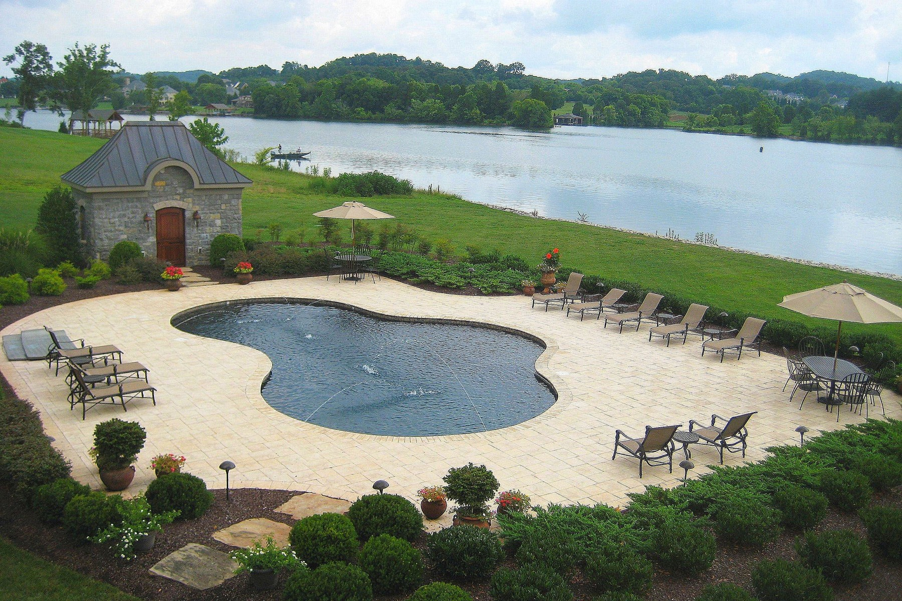 Additional photo for property listing at 3727 Edgewater Way, Louisville, TN 37777 3727  Edgewater Way 26 Louisville, Tennessee 37777 United States