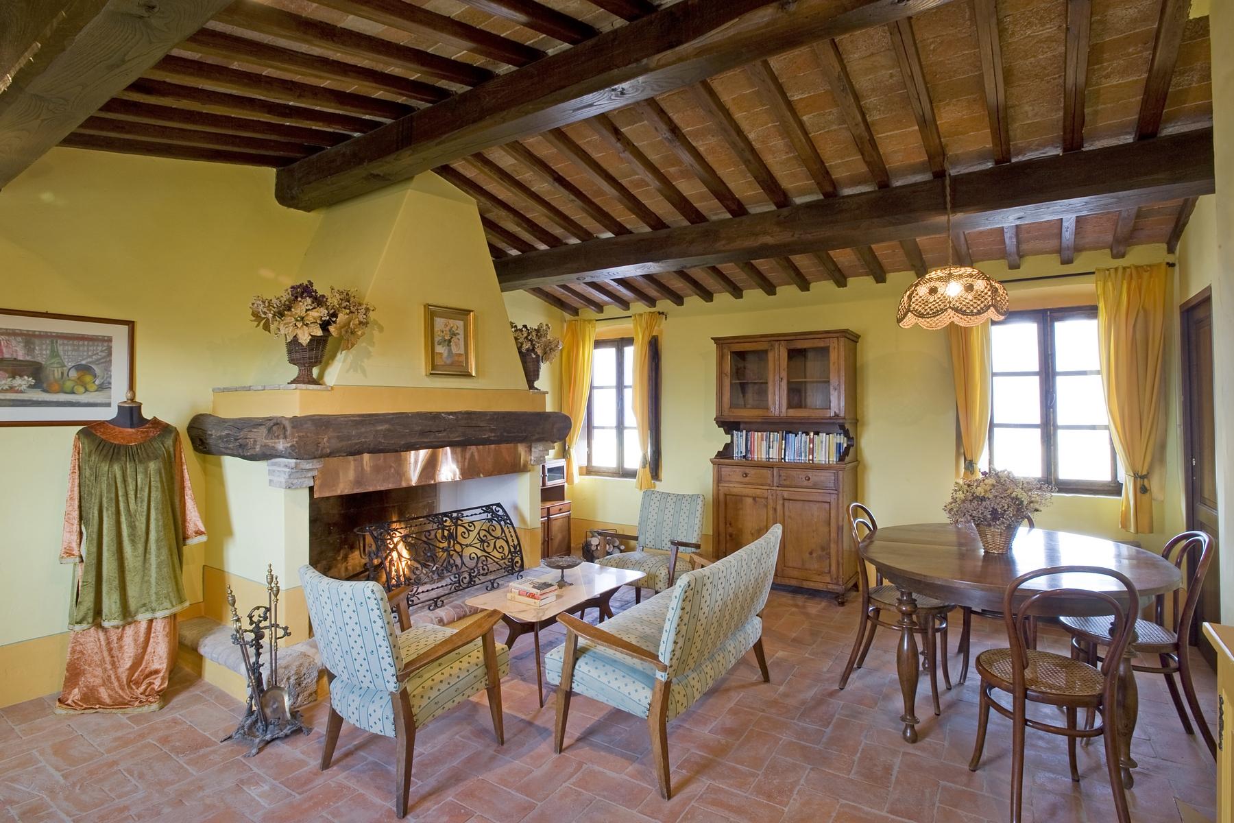 Additional photo for property listing at Renaissance Fortress near San Gimignano San Gimignano, Siena Italia