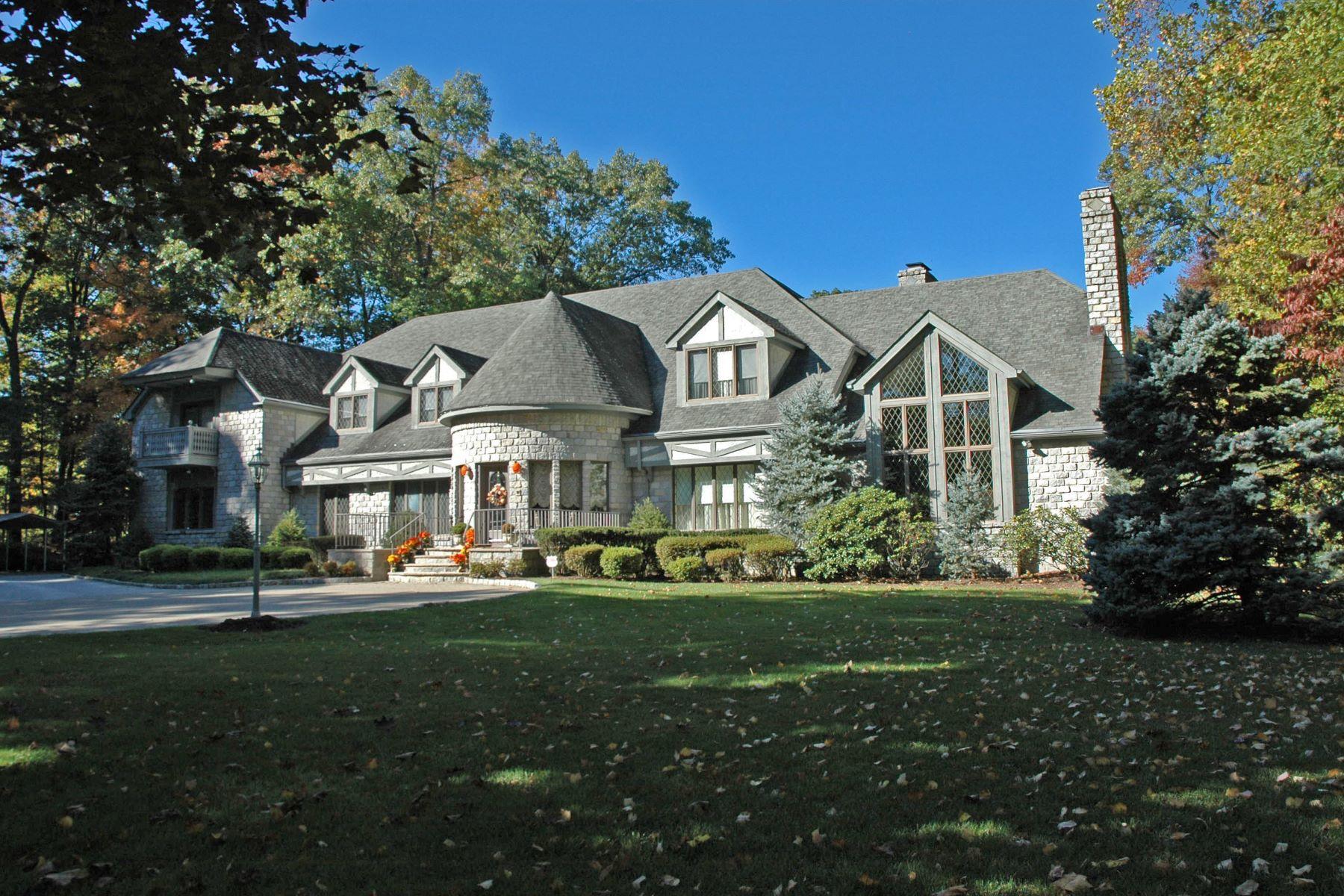 단독 가정 주택 용 매매 에 French Normandy Estate 5 Country Squire Road Saddle River, 뉴저지, 07458 미국