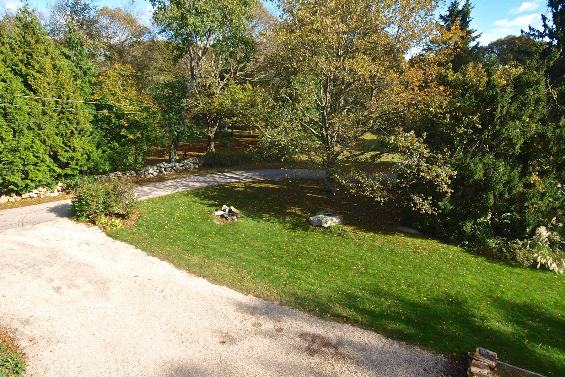 Additional photo for property listing at Post Road 740 Post Road South Kingstown, Rhode Island 02879 United States