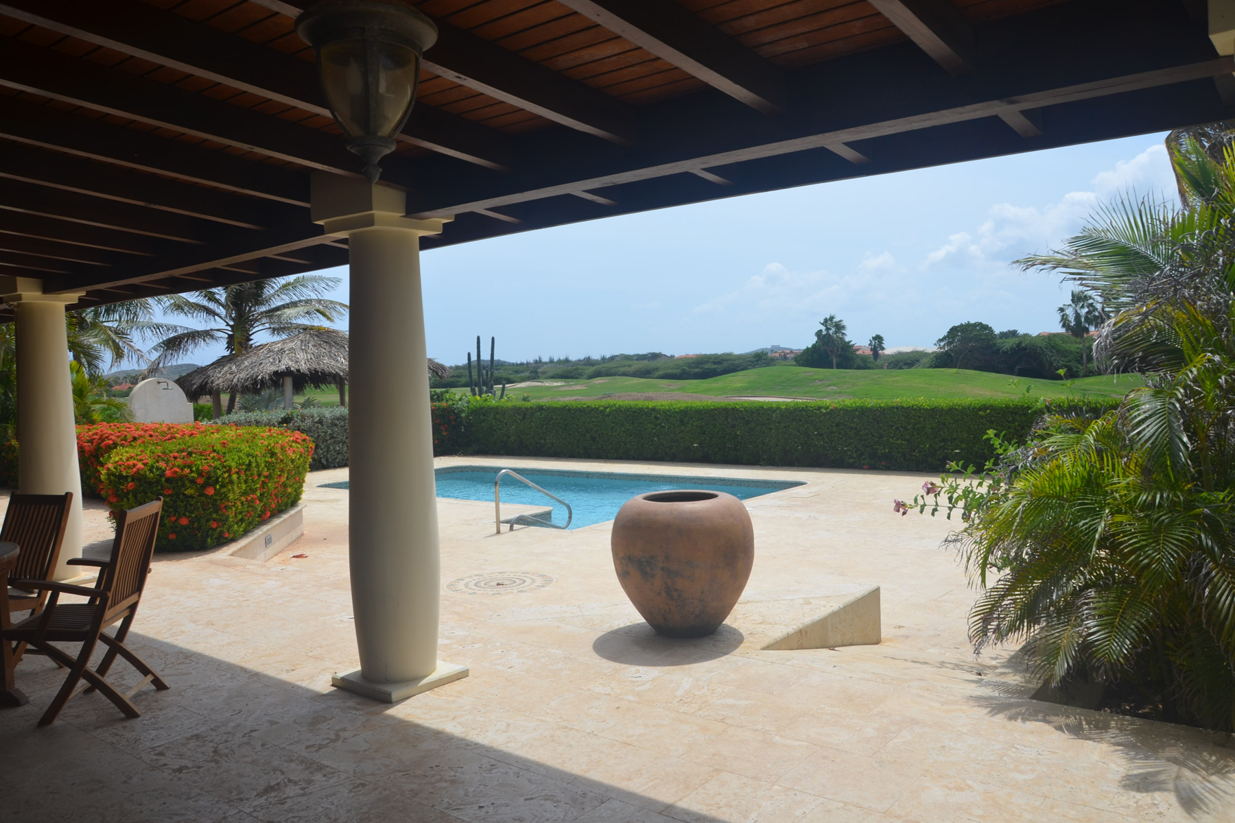 Additional photo for property listing at Spectacular Villa Golf View Malmok, Aruba Aruba