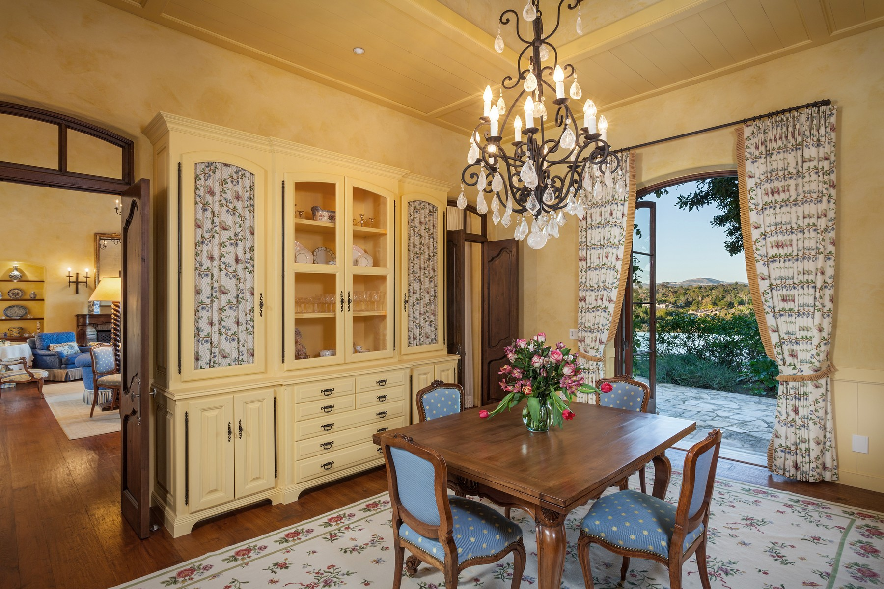 Additional photo for property listing at 5292 Avenida Maravillas  Rancho Santa Fe, California 92067 United States