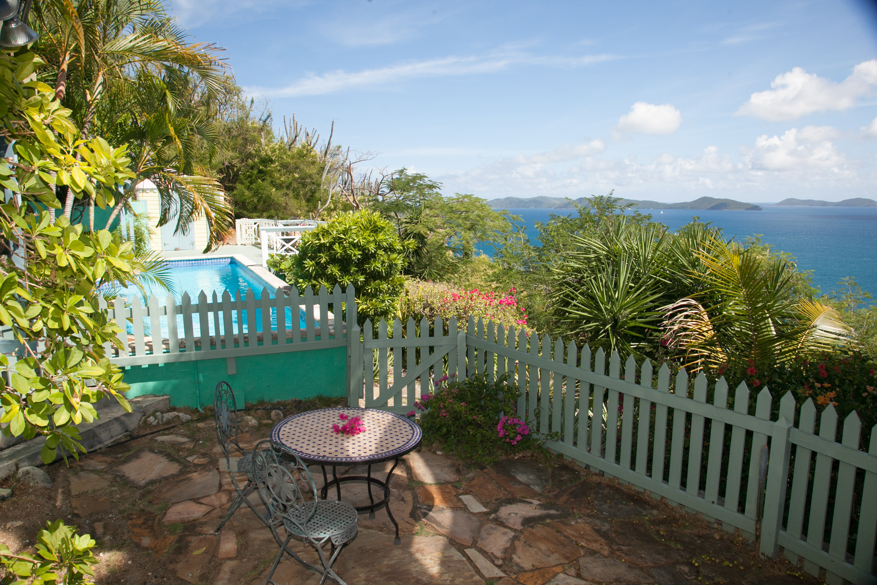 Additional photo for property listing at Brook House Havers, トルトラ イギリス領ヴァージン諸島