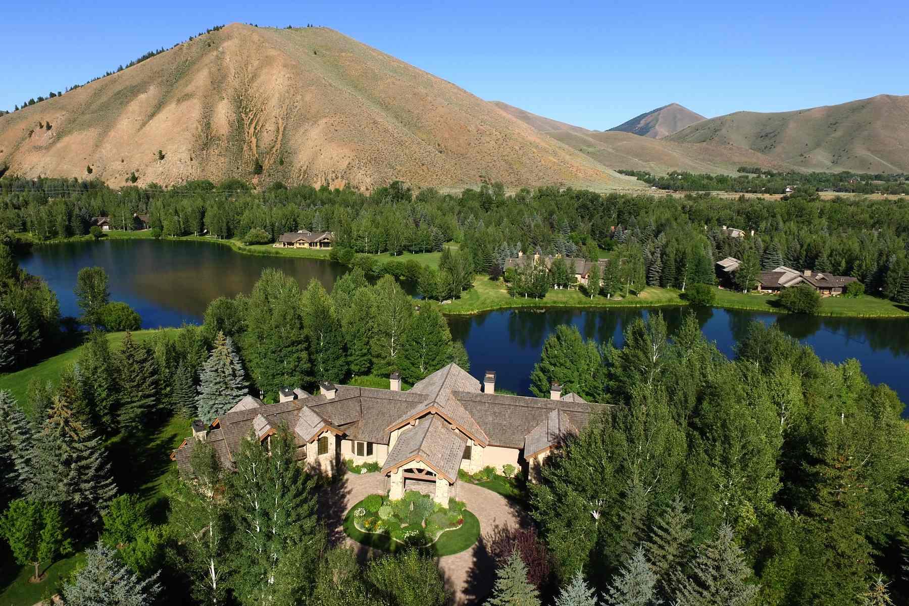 獨棟家庭住宅 為 出售 在 Quiet Lakefront Living 120 Eagle Lake Drive Sun Valley, 愛達荷州, 83353 美國