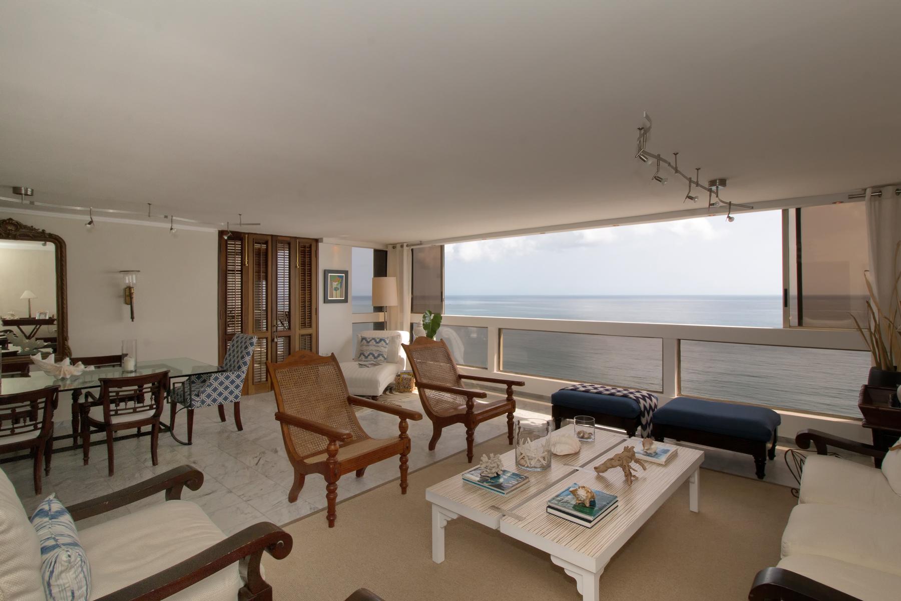 Additional photo for property listing at Oceanfront Penthouse on Isla Verde Beach 4531 Avenida Isla Verde Plaza Atlantico Condominium Carolina, Puerto Rico 00979 Puerto Rico
