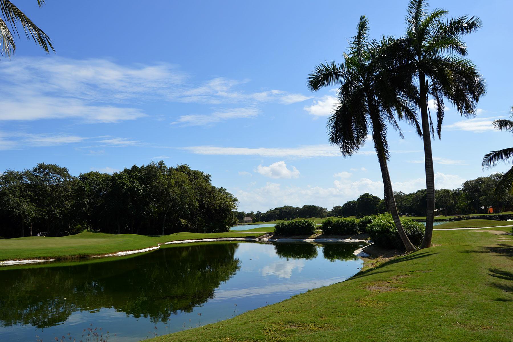 Terrain pour l Vente à 108 CLUB REAL RESIDENTIAL LOT 108 Club Real Residential Lot Retorno Copan Playa Del Carmen, Quintana Roo, 77710 Mexique