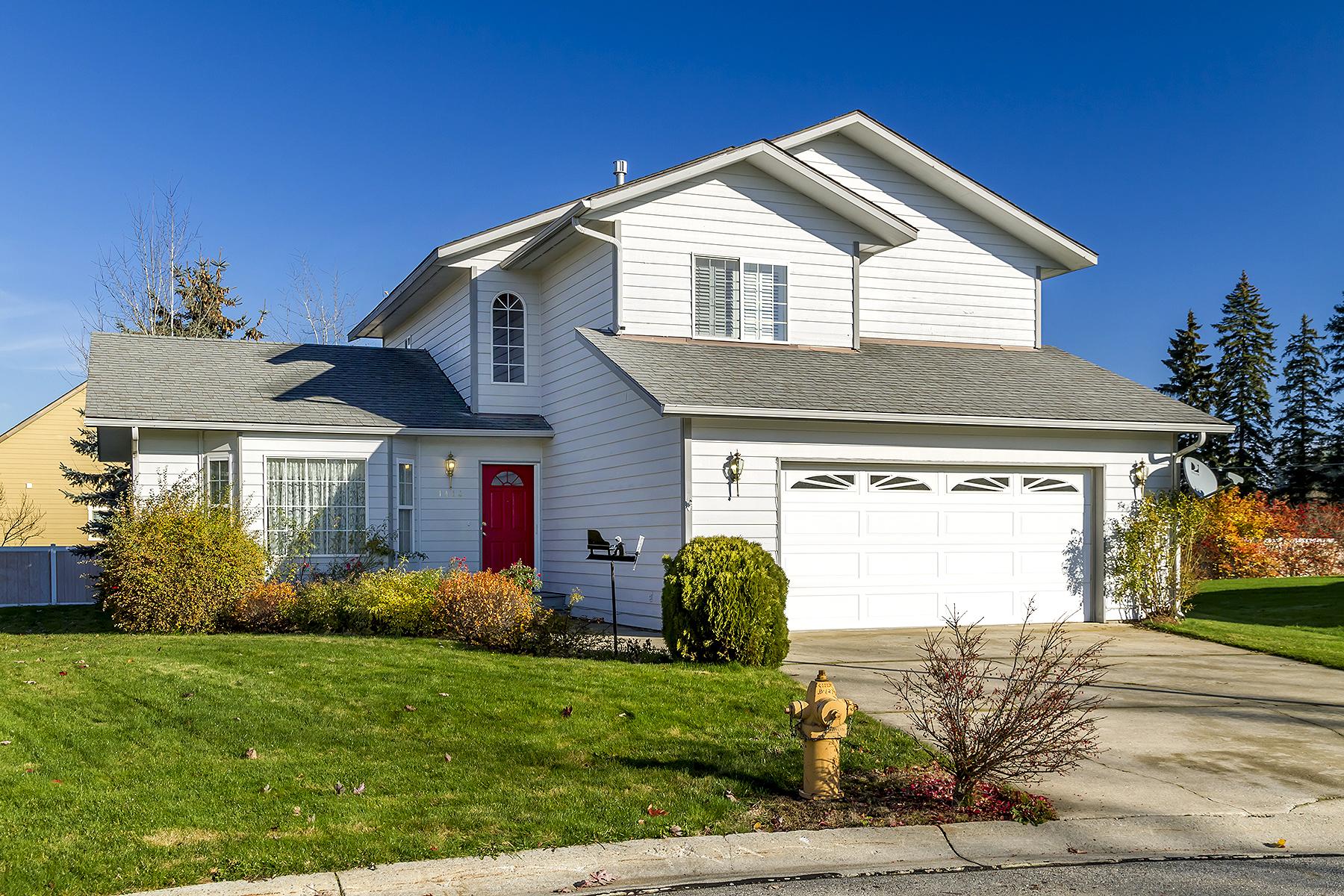 Maison unifamiliale pour l Vente à 1414 J.R. Court Sandpoint, Idaho, 83864 États-Unis